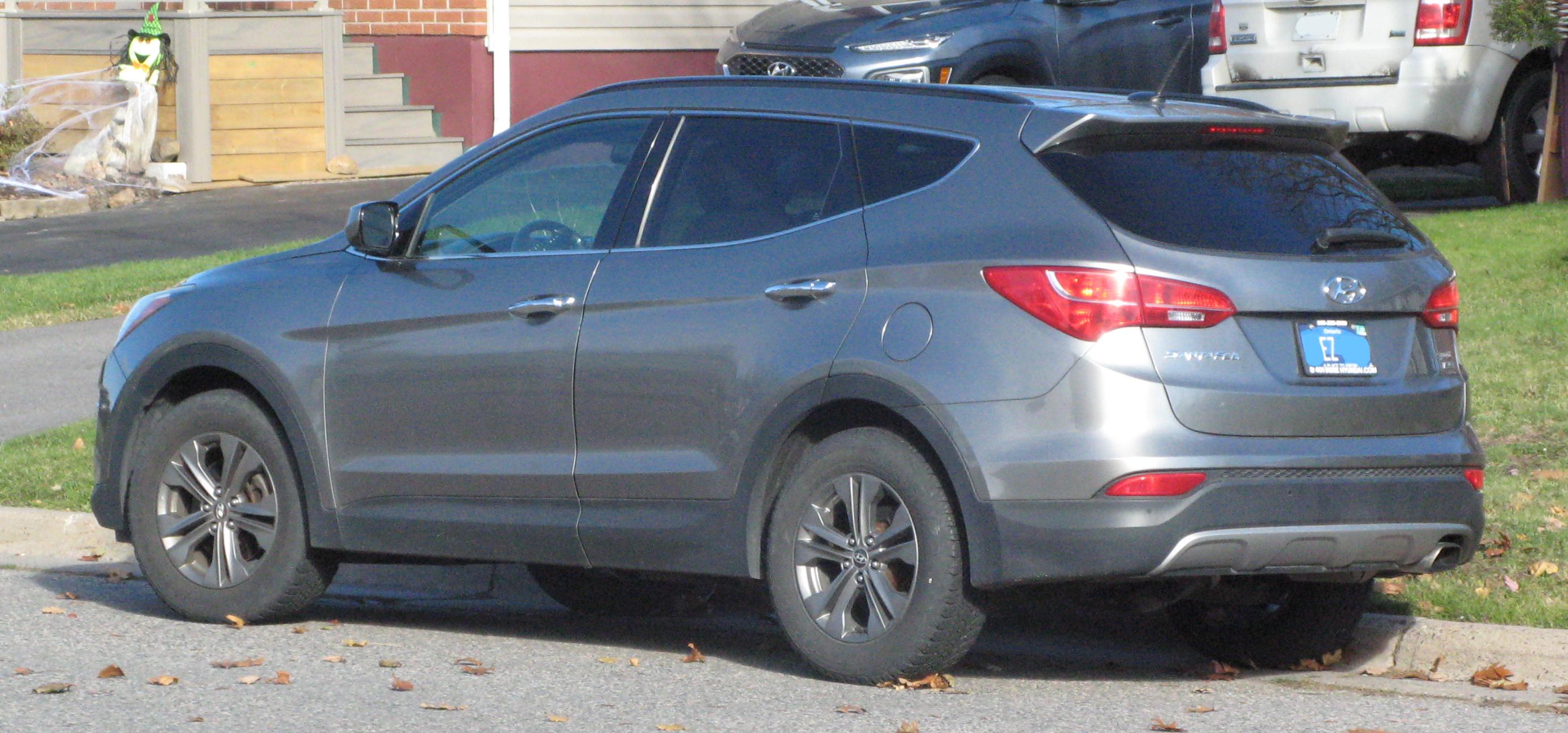 Grey Hyundai Santa Fe Sport