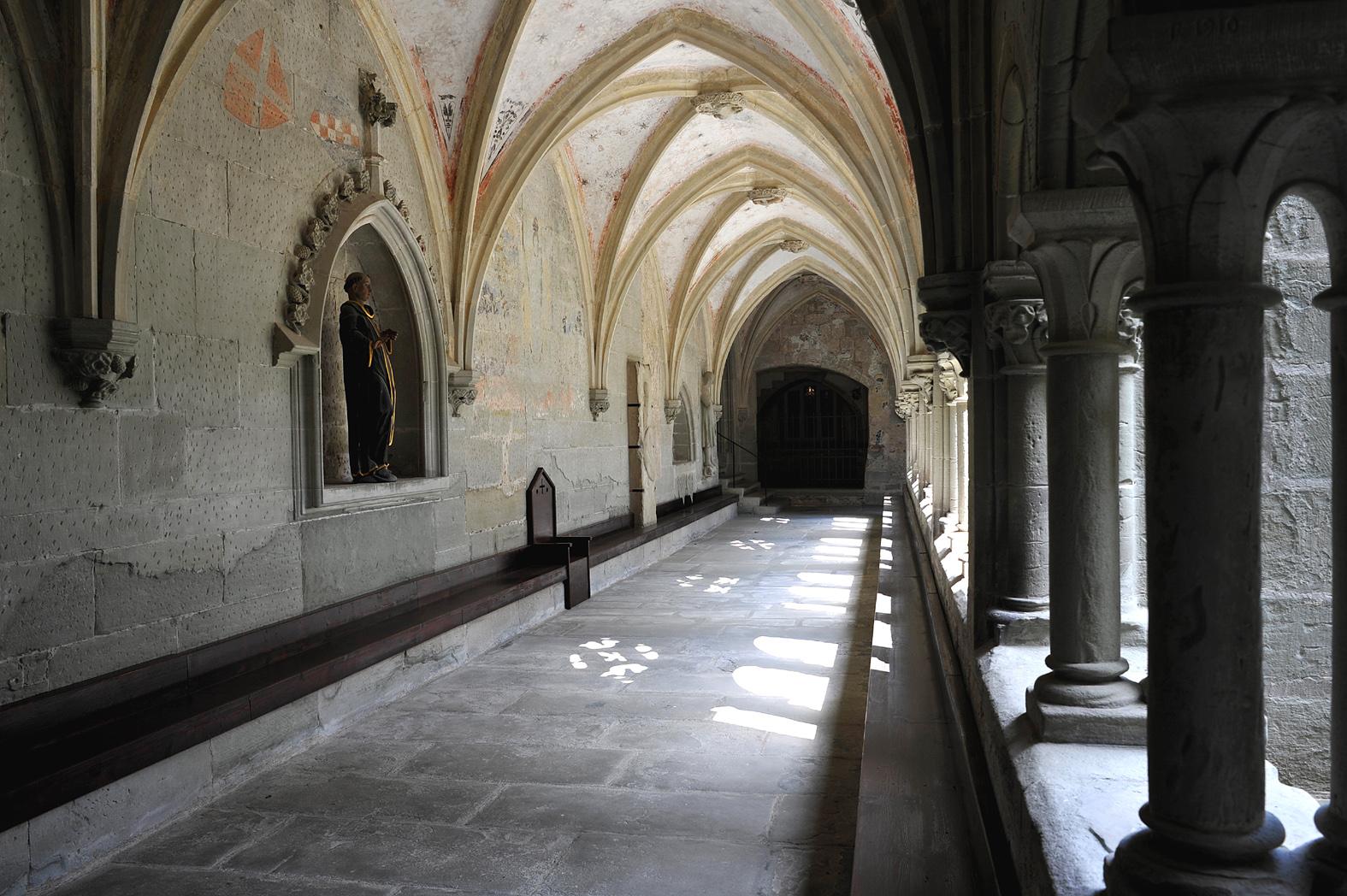 file abbaye d 39 hauterive kreuzgang 03 wikimedia