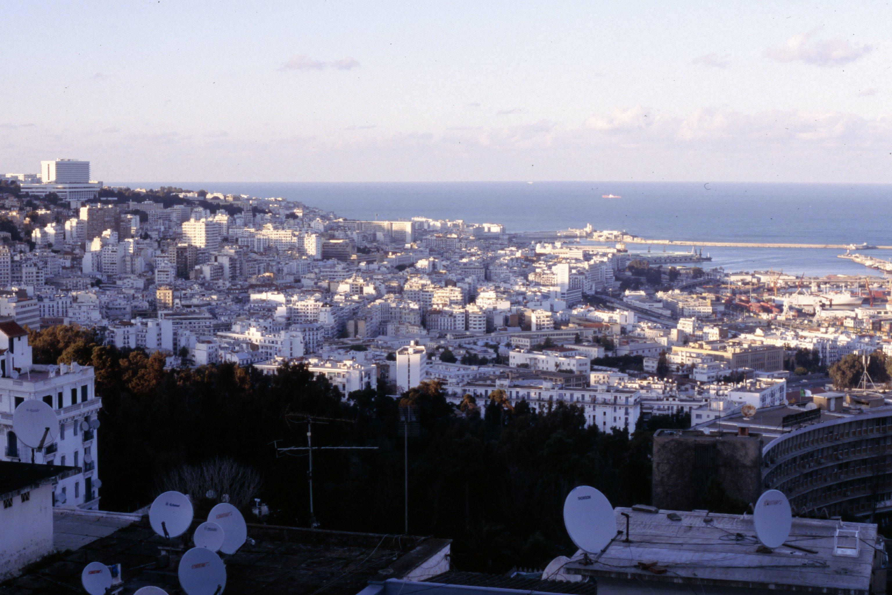Fichier:Algiers Algeria.jpg - Wikipédia