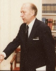 Ambassador of Denmark Eigil Jorgensen presents credentials to Ronald Reagan (cropped).jpg