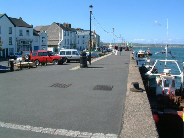 Appledore waterfront - geograph.org.uk - 1742561