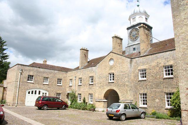 Archway House, Wandlebury - geograph.org.uk - 850692