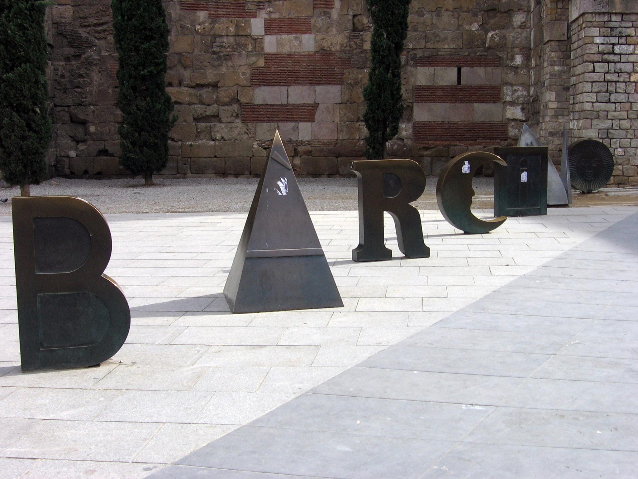 Joan Brossa: Barcino, poema urbano. Barcelona, Plaça Nova