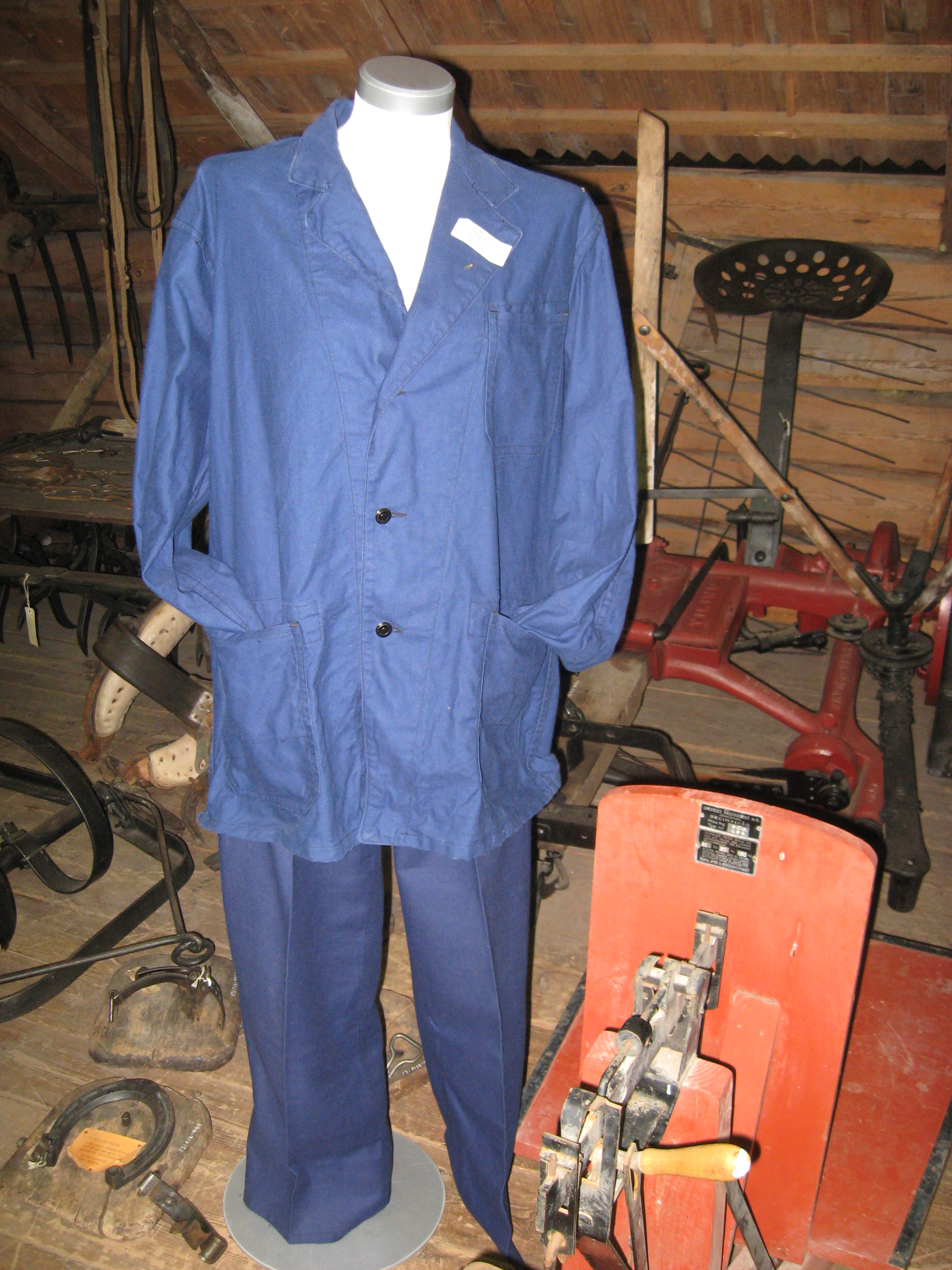 Workwear/Uniforms