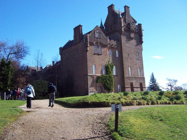 Brodick Castle - geograph.org.uk - 571