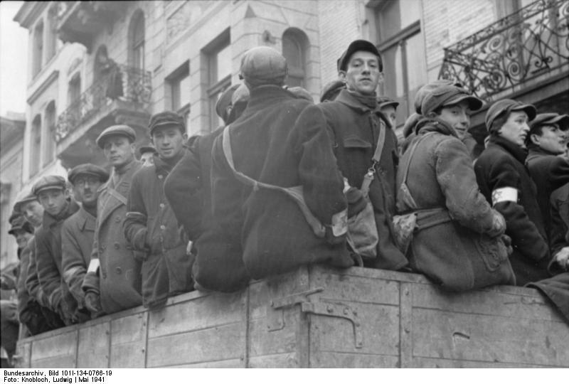 http://upload.wikimedia.org/wikipedia/commons/4/4c/Bundesarchiv_Bild_101I-134-0766-19%2C_Polen%2C_Ghetto_Warschau%2C_Juden_auf_LKW.jpg