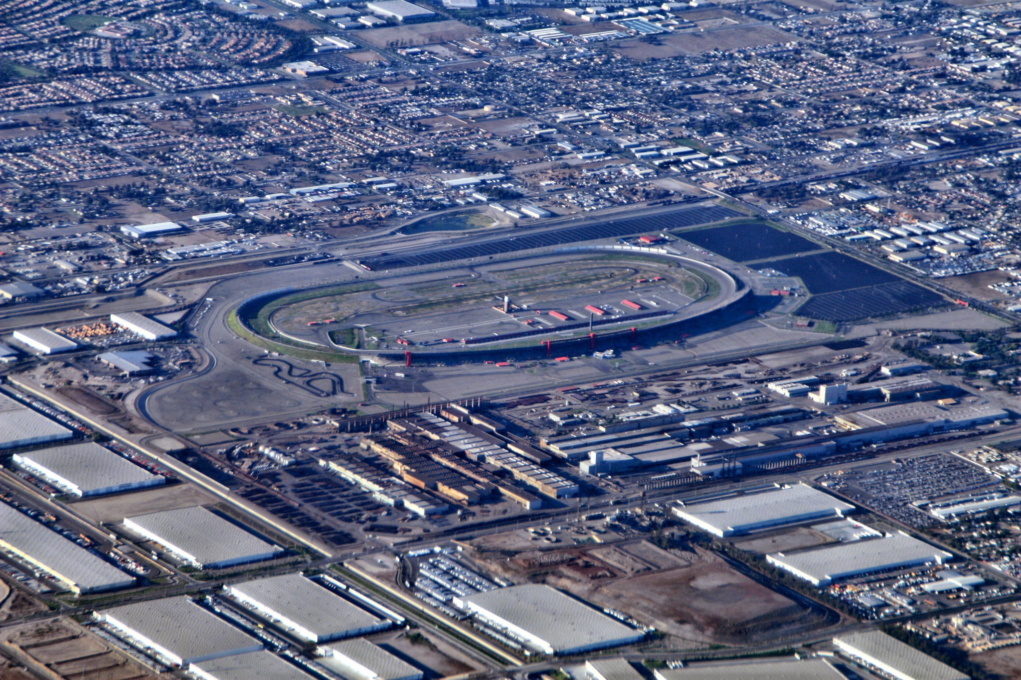 File california speedway aerial wikimedia commons for Ontario motor speedway california