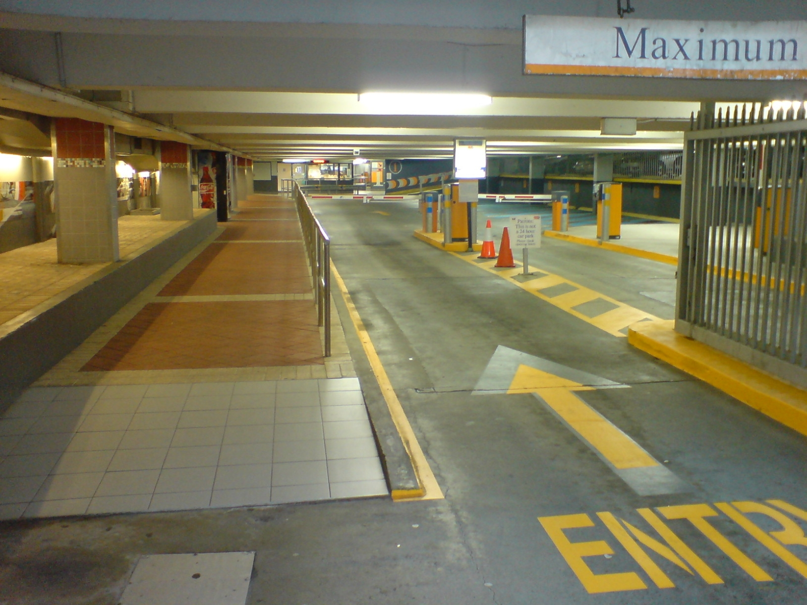 File:Car Park Building Entry, Perth.jpg - Wikimedia Commons