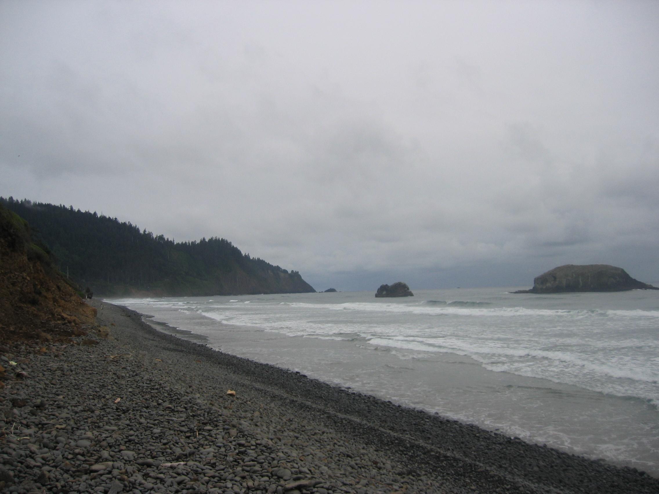 File:cove Beach Shoreline.jpg