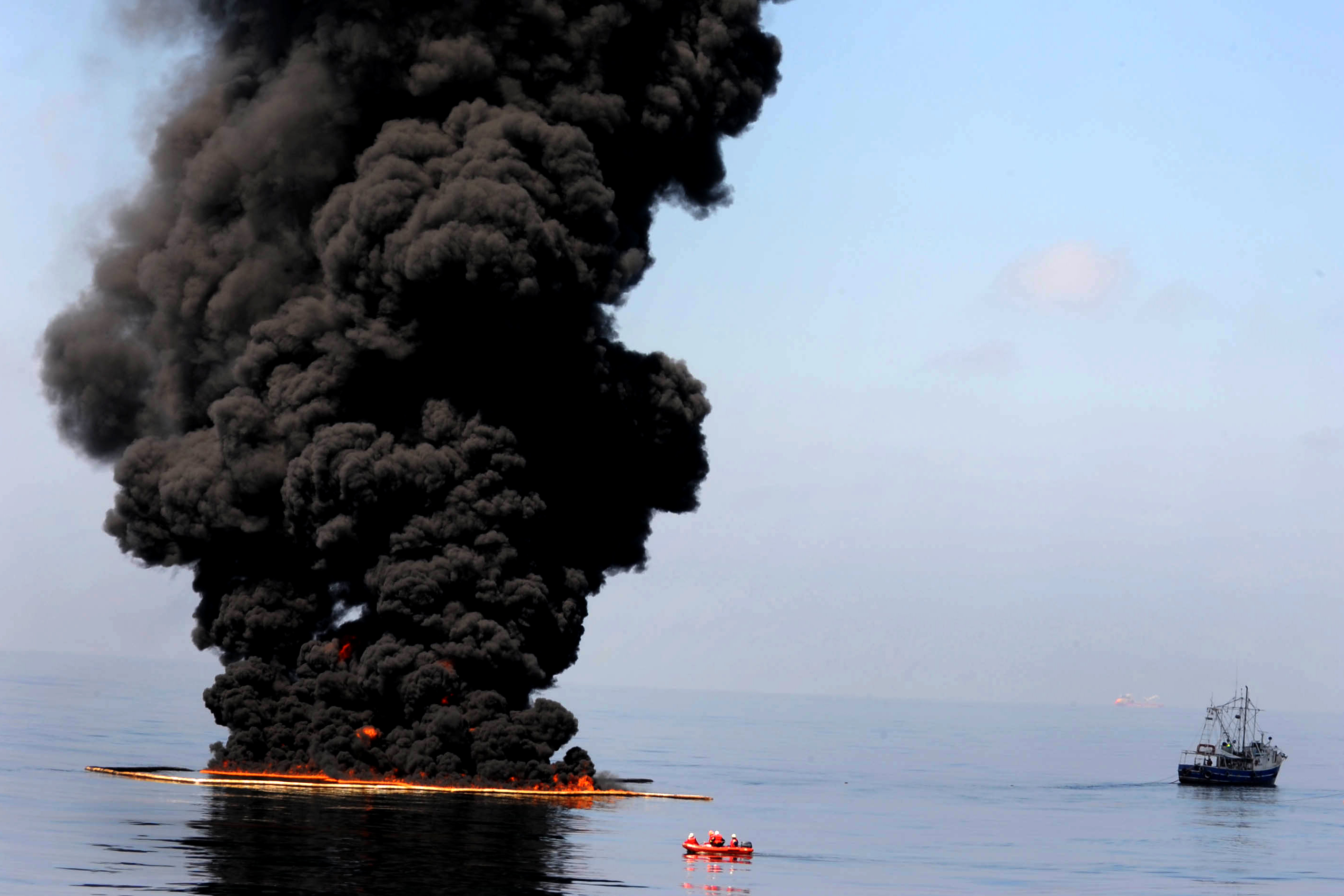 """bp oil spill essay British petroleum """"bp"""" oil spill on april 20th 2010, british petroleum better known as bp had an extremely destructive impact on the environment and the livelihood of those in gulf coast area of louisiana, mississippi and florida."""