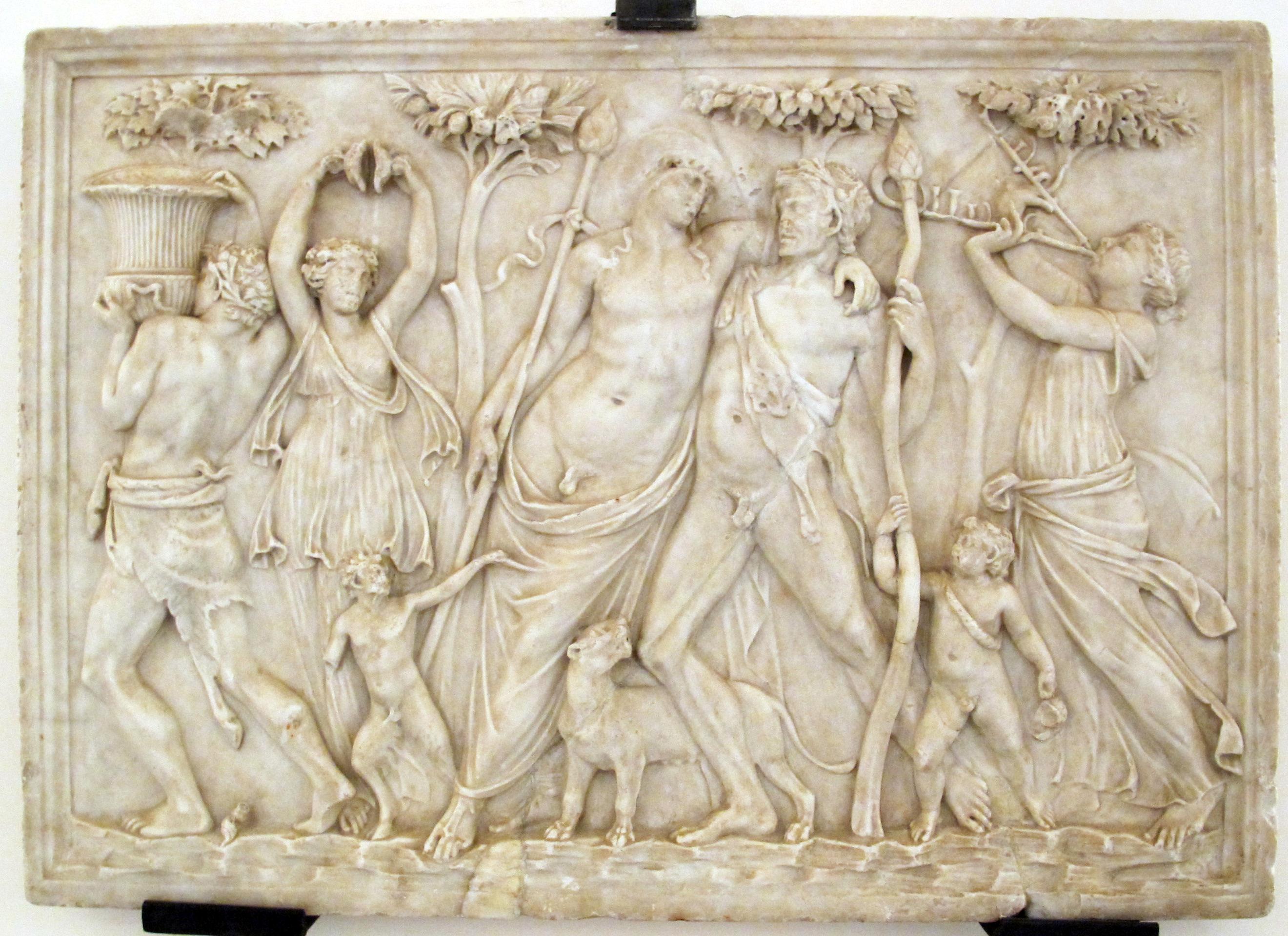 the roman baths Rom and romola take a tour of the roman baths complex in bath.