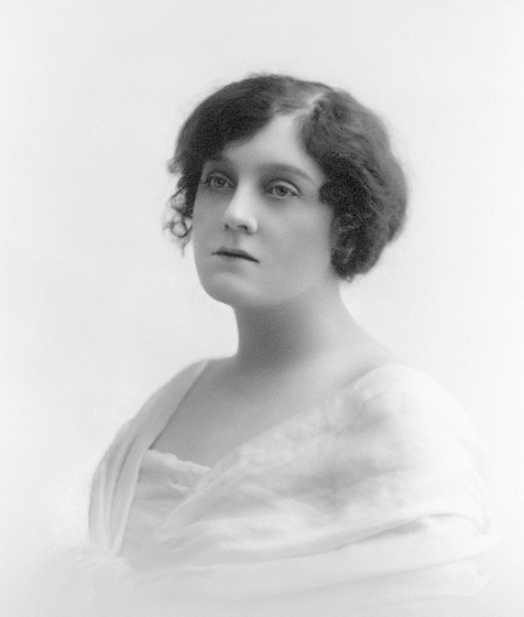 actress Evie Greene