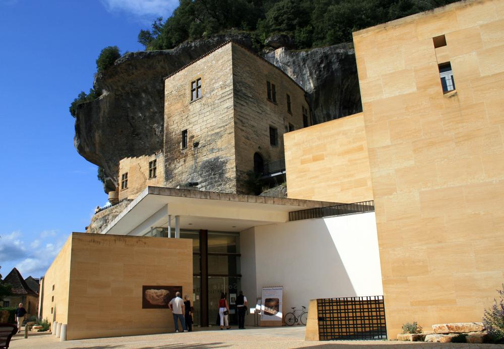 File Eyzies Musée Entrée Jpg Wikimedia Commons