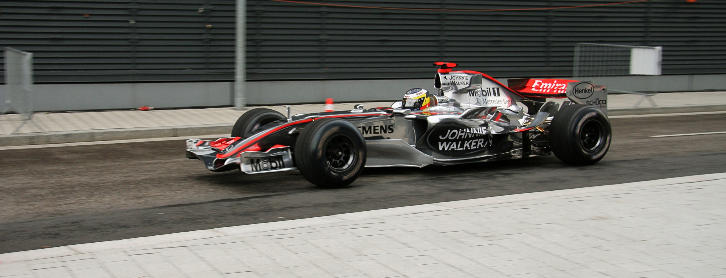 datei:f1 car mclarenmercedes 2006 – wikipedia