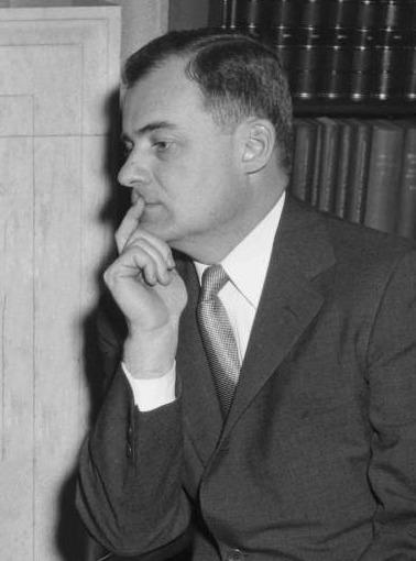 Фредерик Роббинс