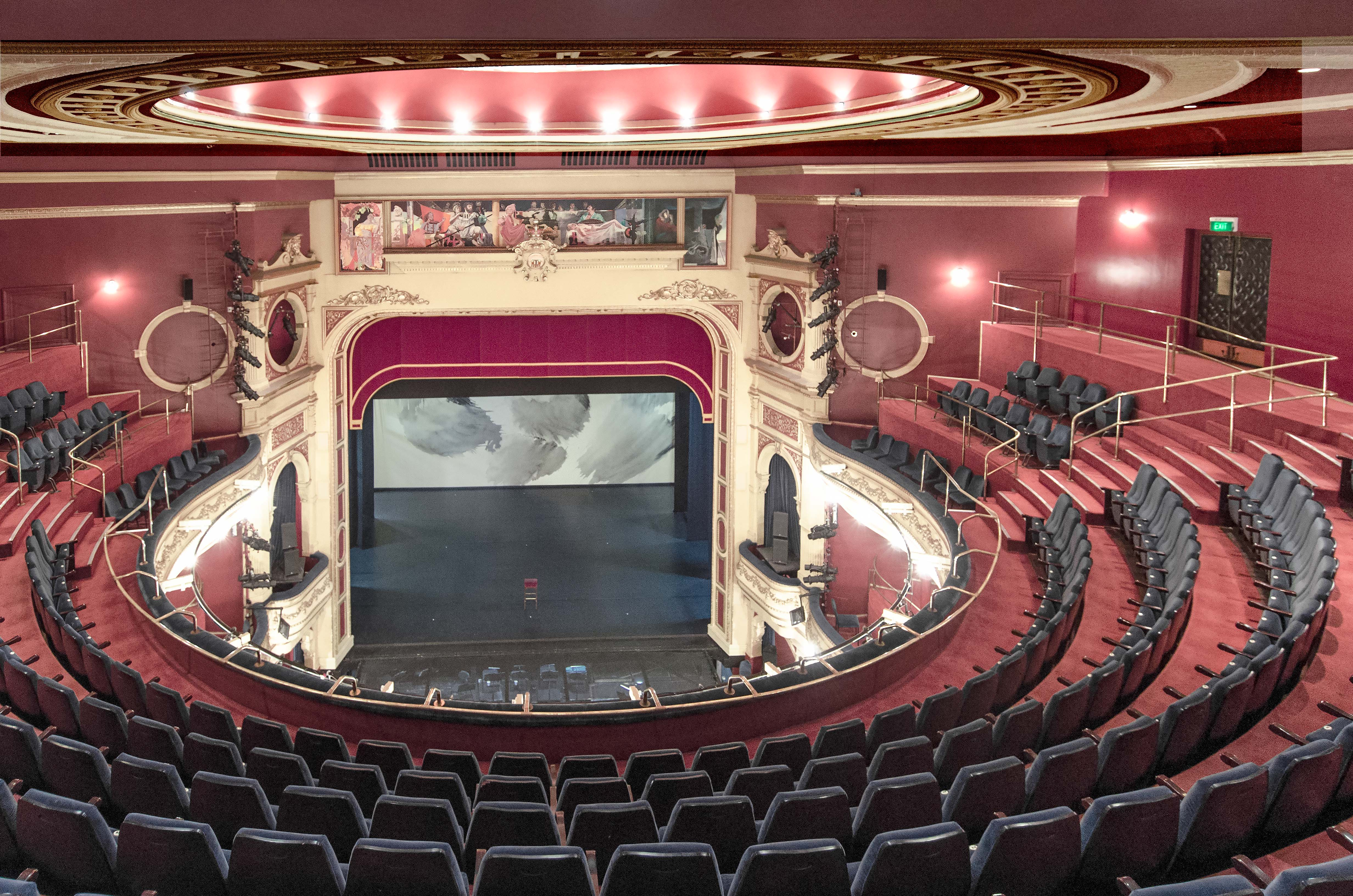 File:His Majesty's Theatre, view of the stage from the upper