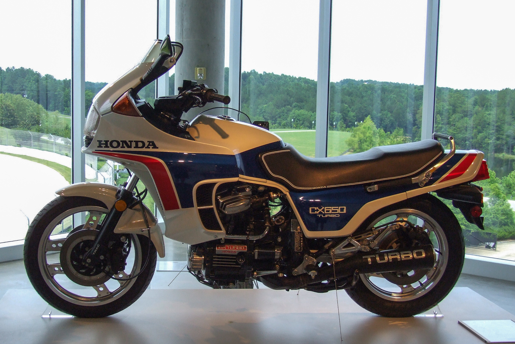honda cx series wikiwand rh wikiwand com 2001 Honda 400Ex Honda 400 Touring Motorcycles
