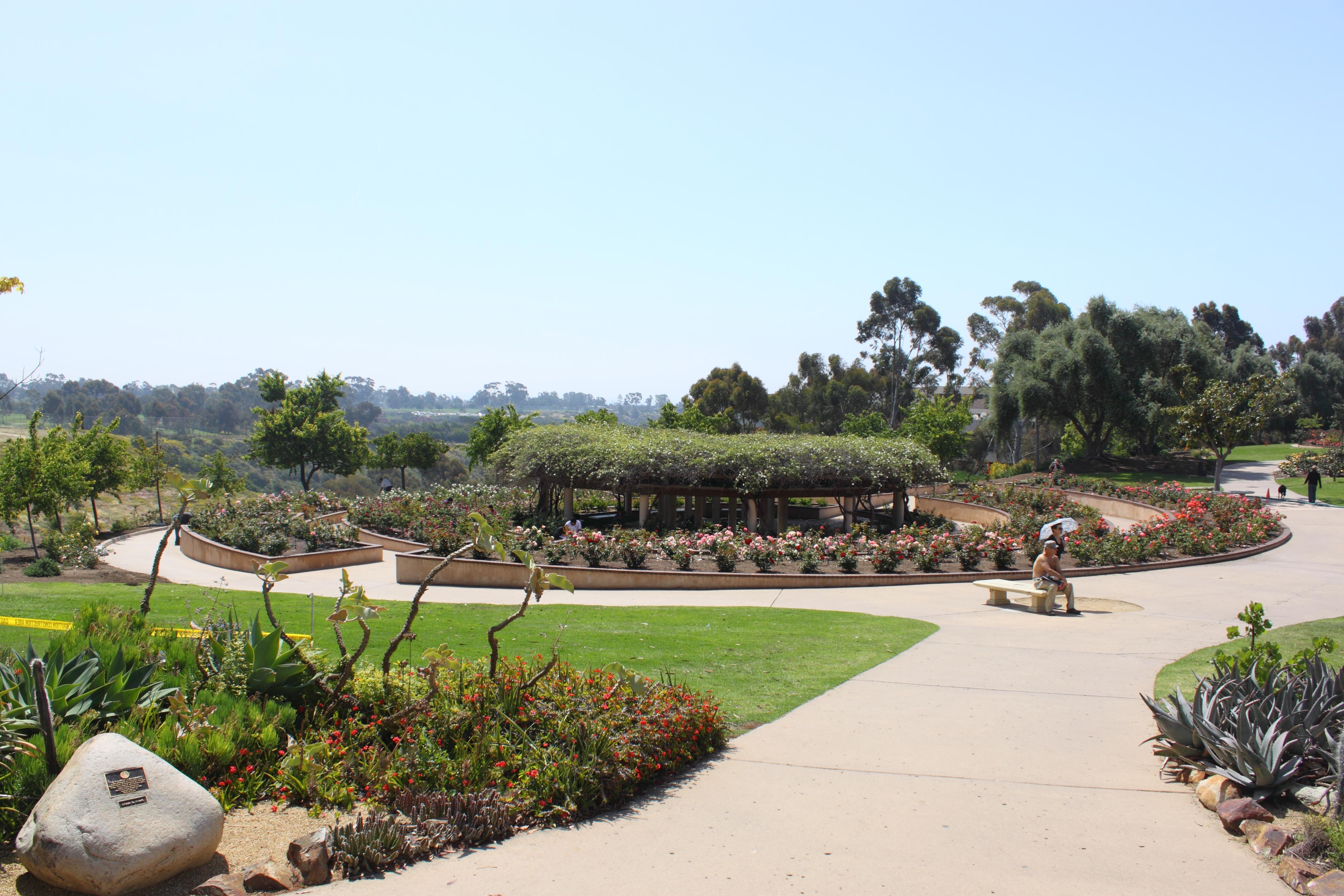 File Inez Grant Parker Memorial Rose Garden 1 Jpg