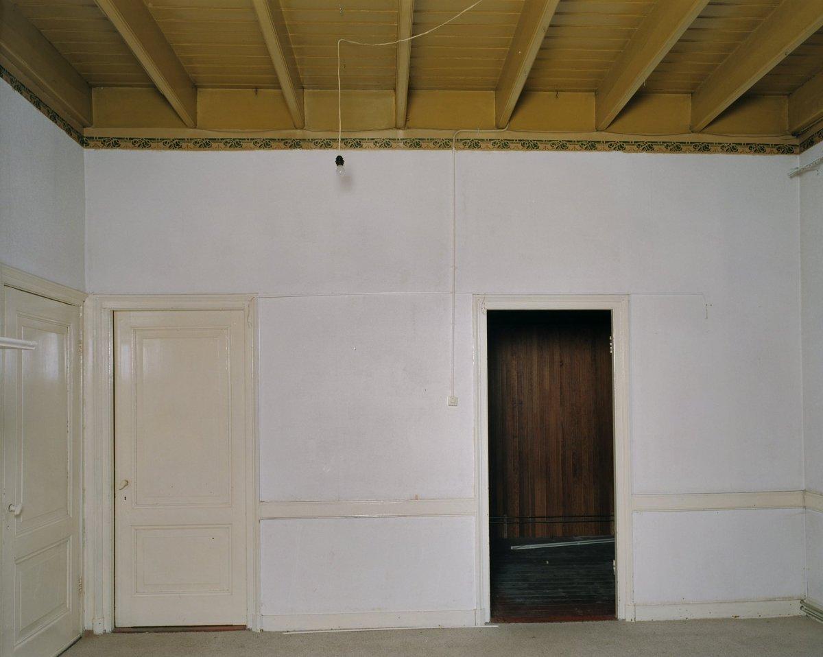 File:interieur, wand in de woonkamer en balkenplafond   deurningen ...