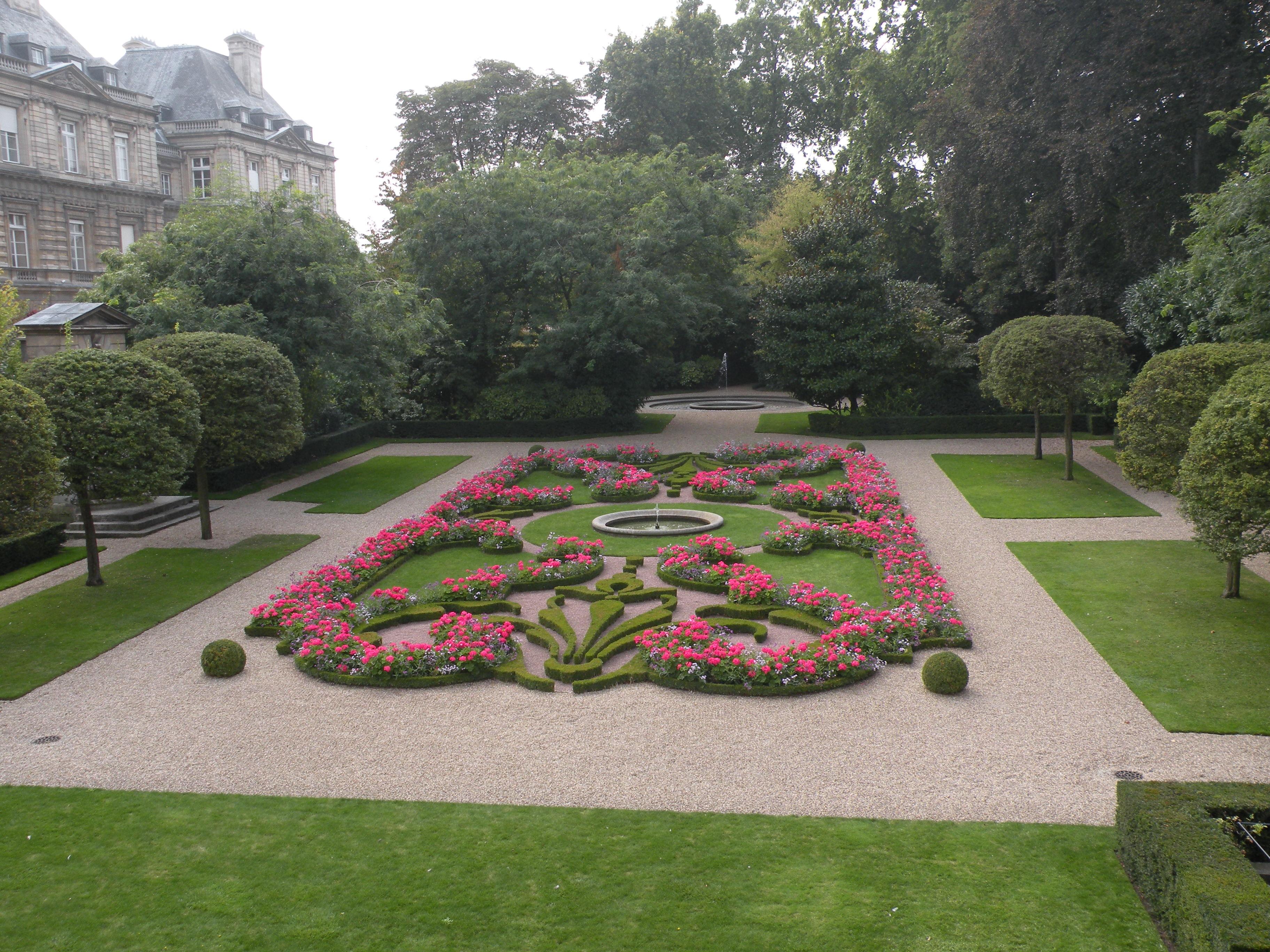 File jardin du petit luxembourg jpg wikimedia commons for Jardin du luxembourg