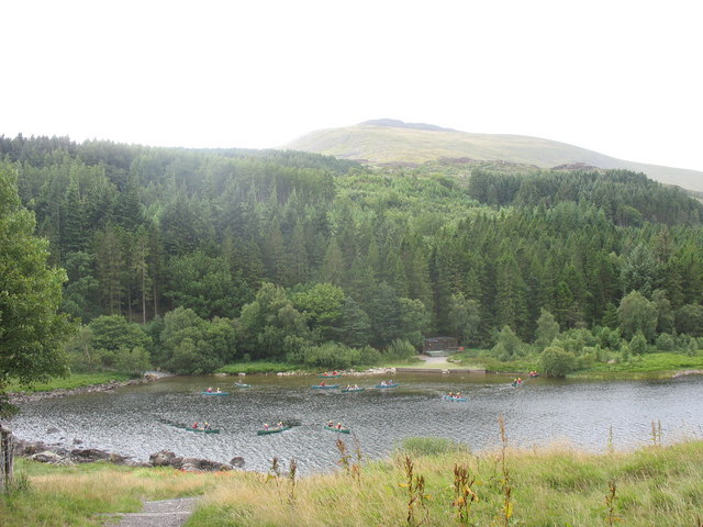 Kayaking on Llynnau Mymbyr - geograph.org.uk - 218336