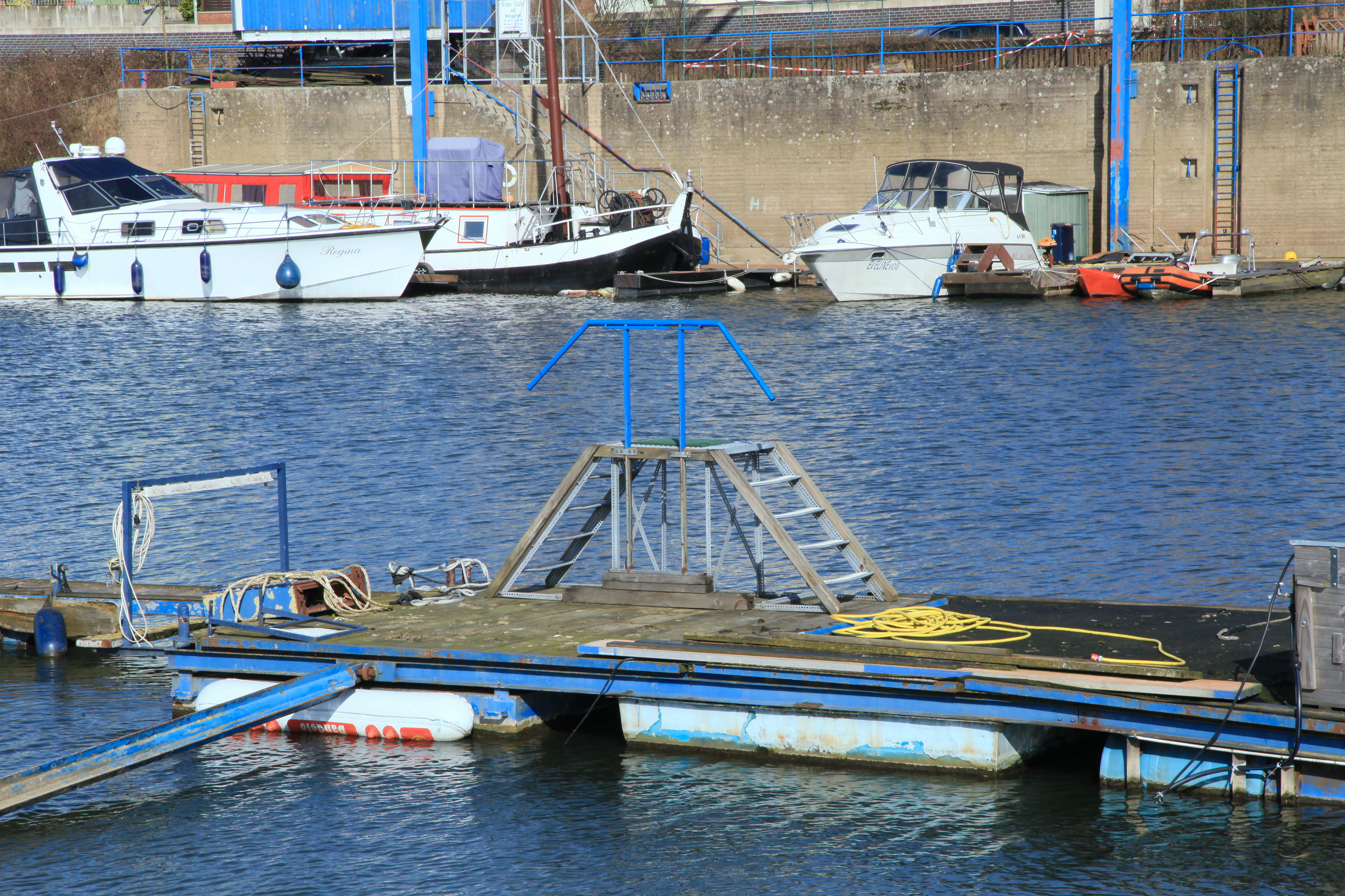 File Leverkusen Rheinstrasse Hafen Hitdorf Hafenhalbinsel 04 Ies Jpg Wikimedia Commons