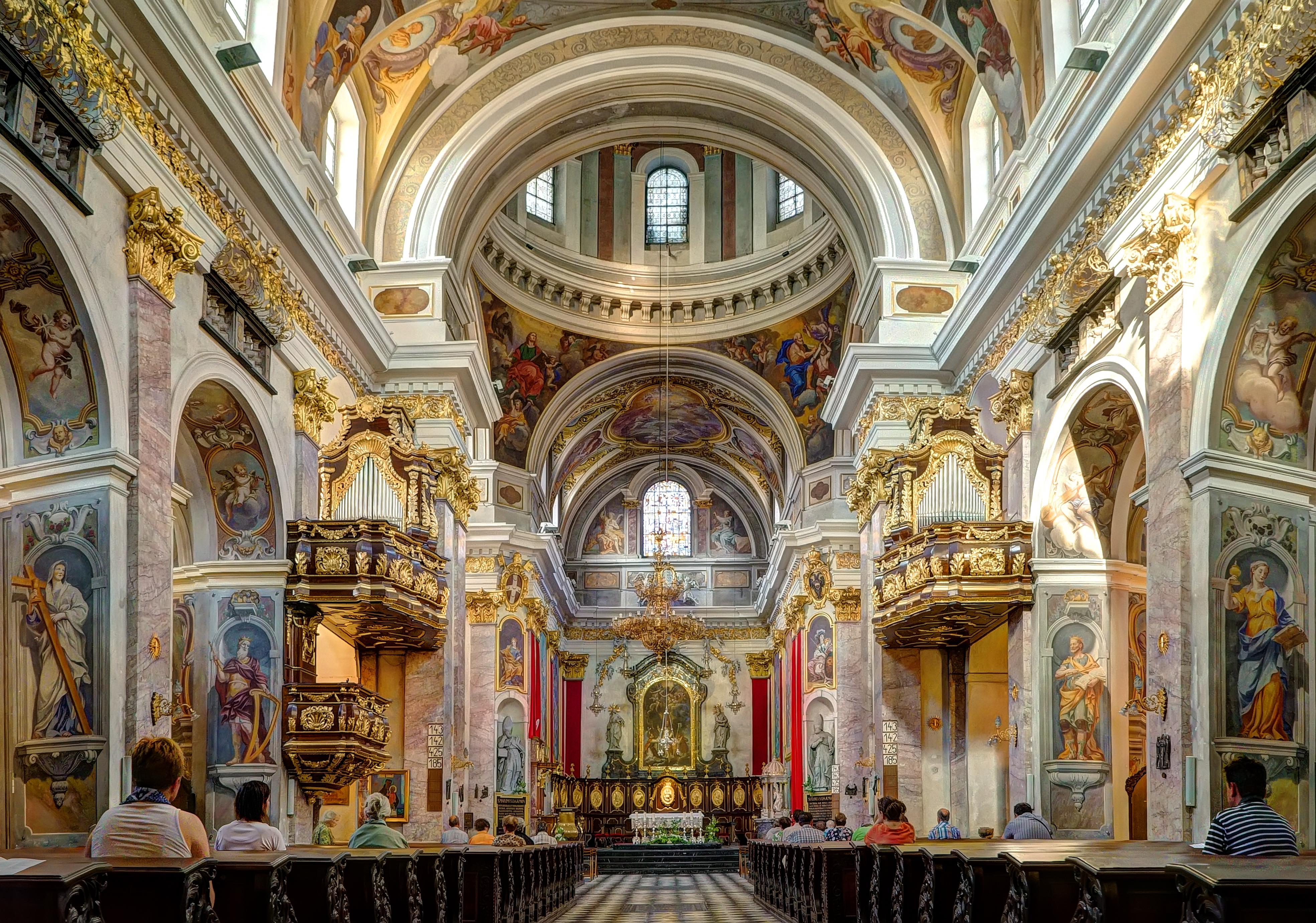 File Ljubljana Cathedral 18487759430 Jpg Wikimedia Commons