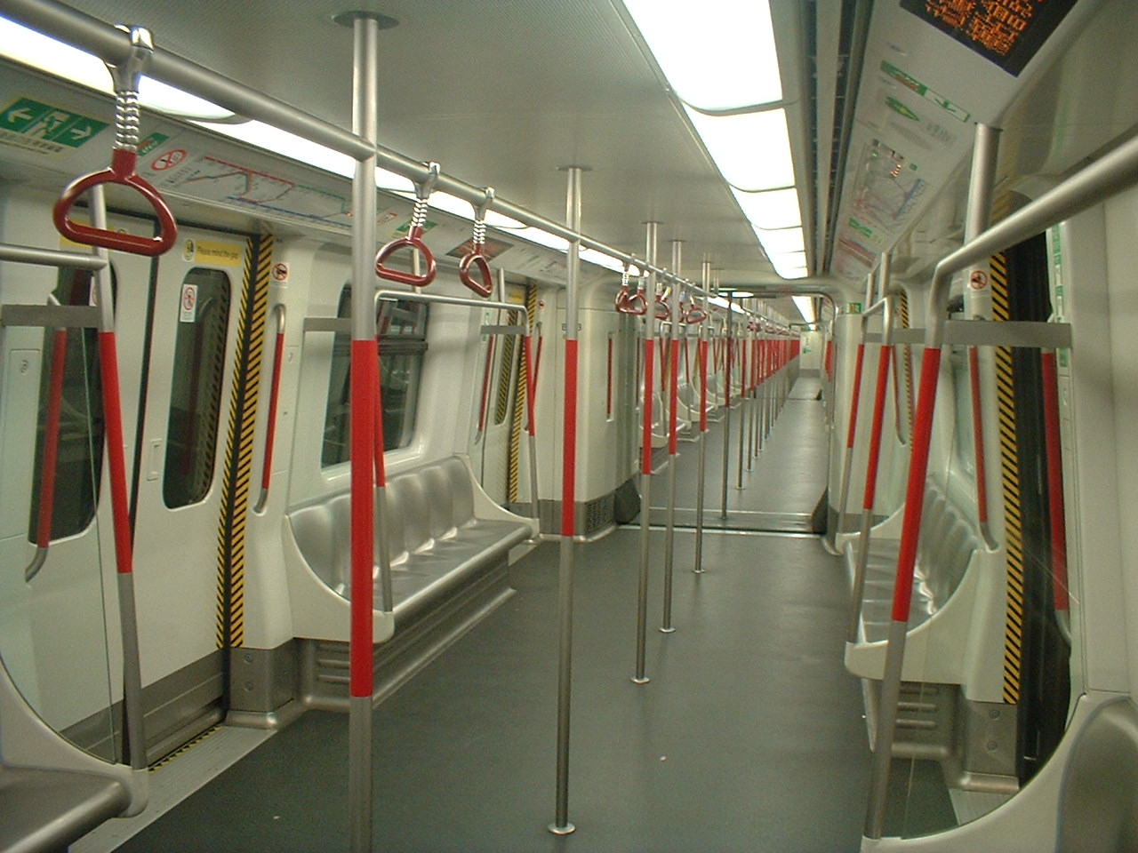 MTR_Hong_Kong_K-Stock_train.JPG