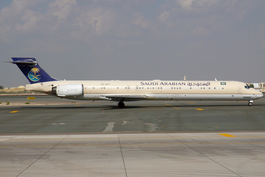 File:McDonnell Douglas MD-90-30, Saudi Arabian Airlines ...