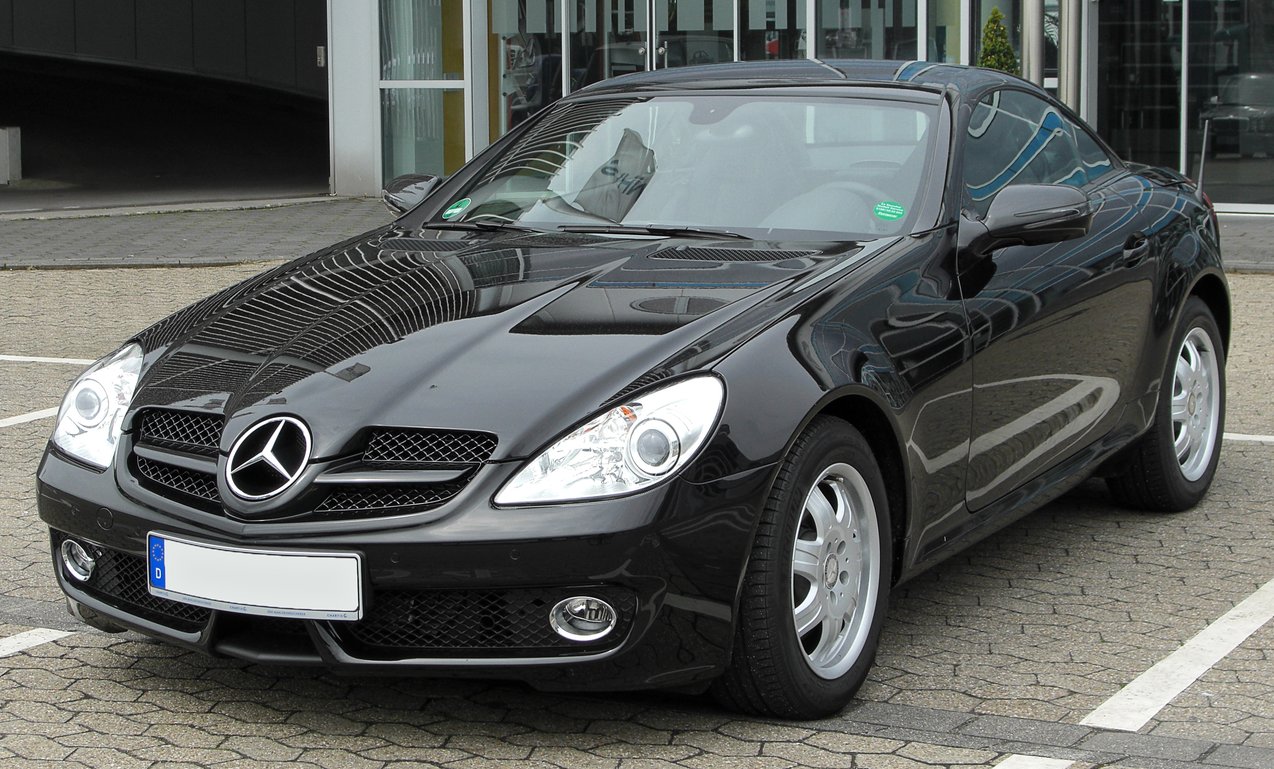 Description Mercedes SLK (R171) Facelift front 20100508.jpg