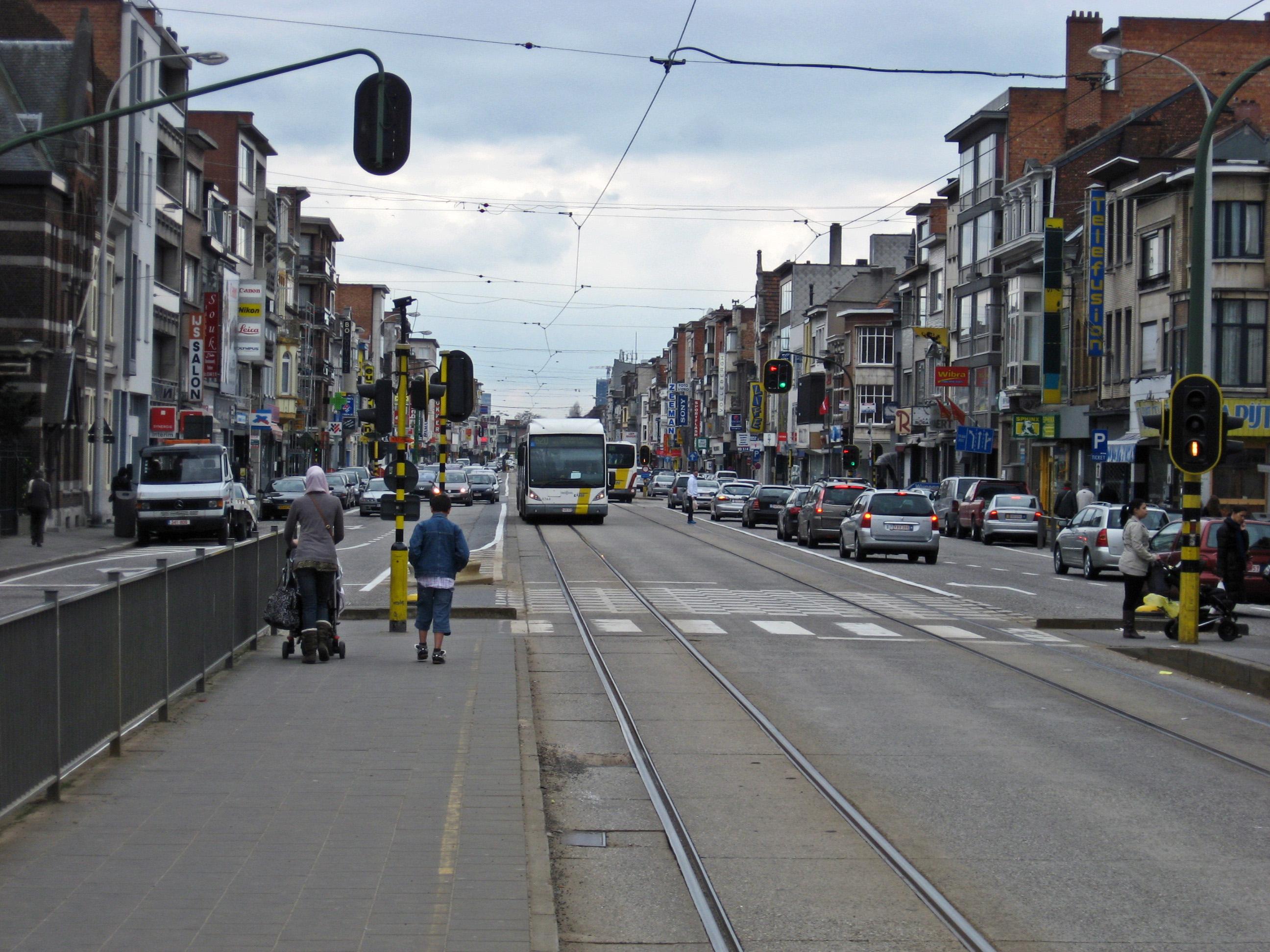 File Merksem Bredabaan 1 jpg   Wikimedia Commons