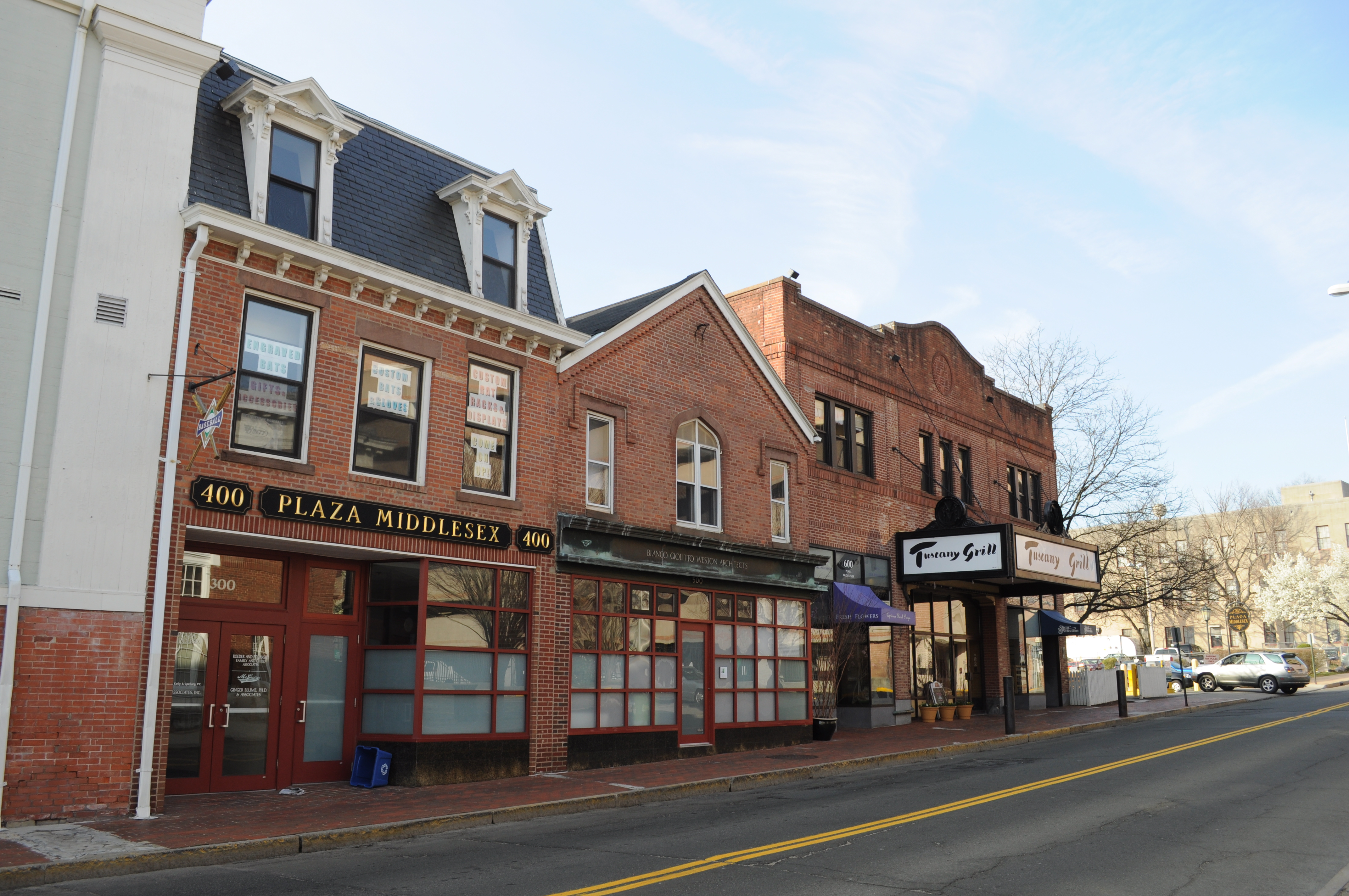 Middletown (CT) United States  city photo : Middletown, CT Plaza Middlesex Buildings on College St 01 ...