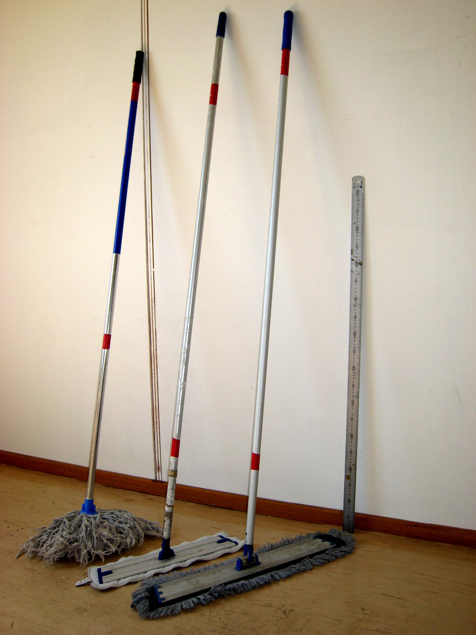 How To Mop A Restaurant Kitchen Floor