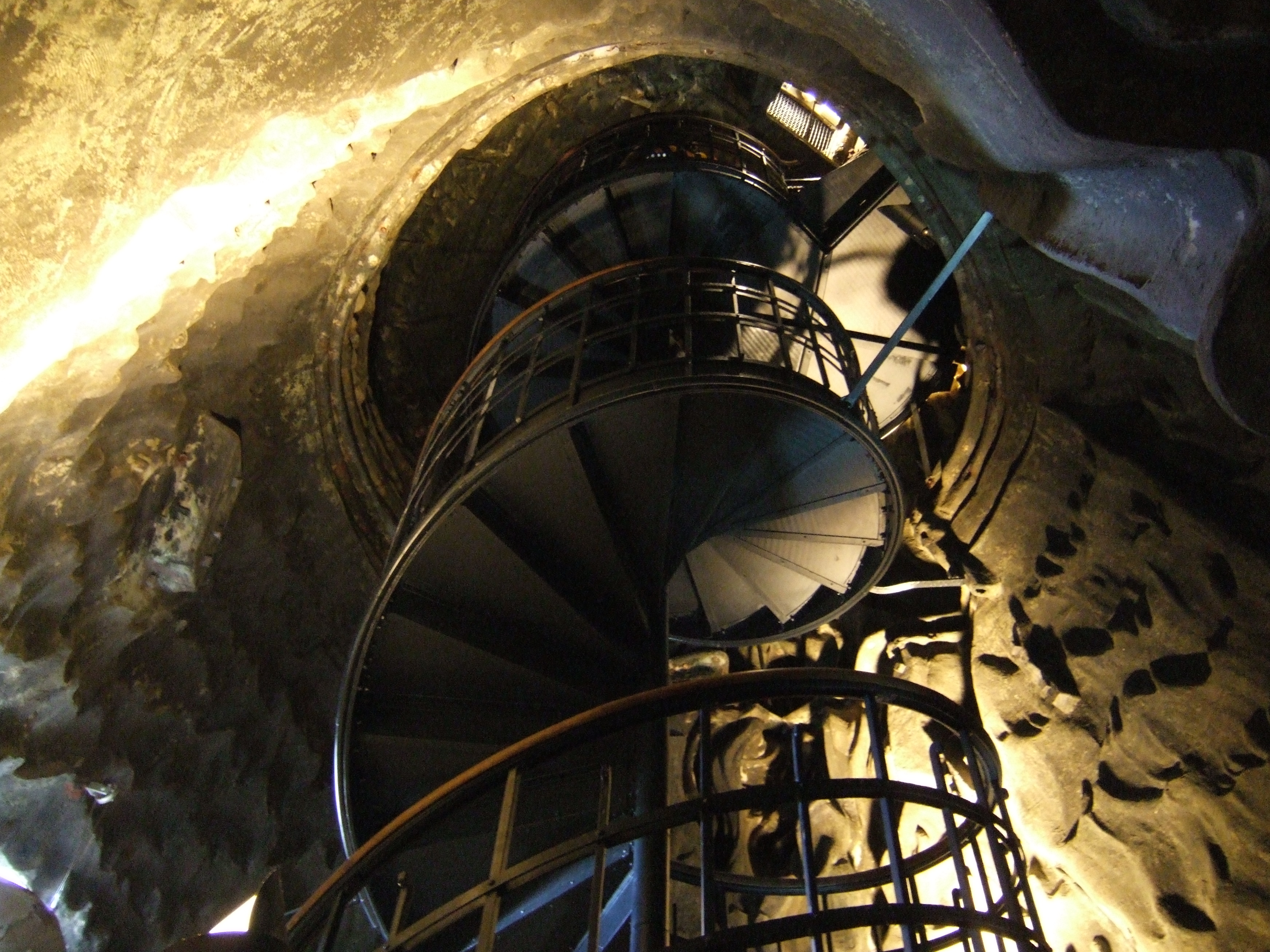 File Munich Bavaria Statue Spiral Staircase 2007 Jpg