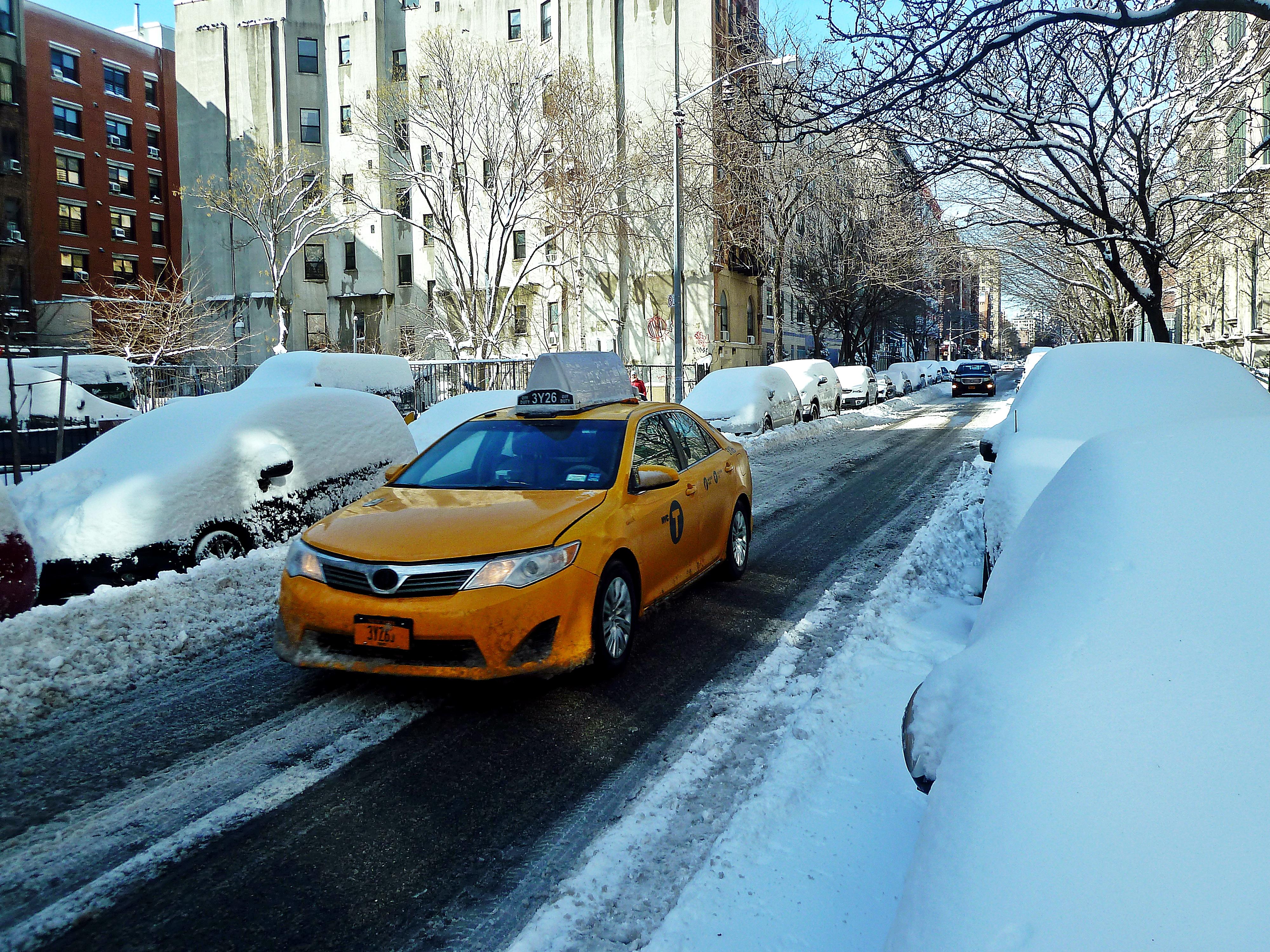 Description New York Blizzard 2013 Snow.JPG