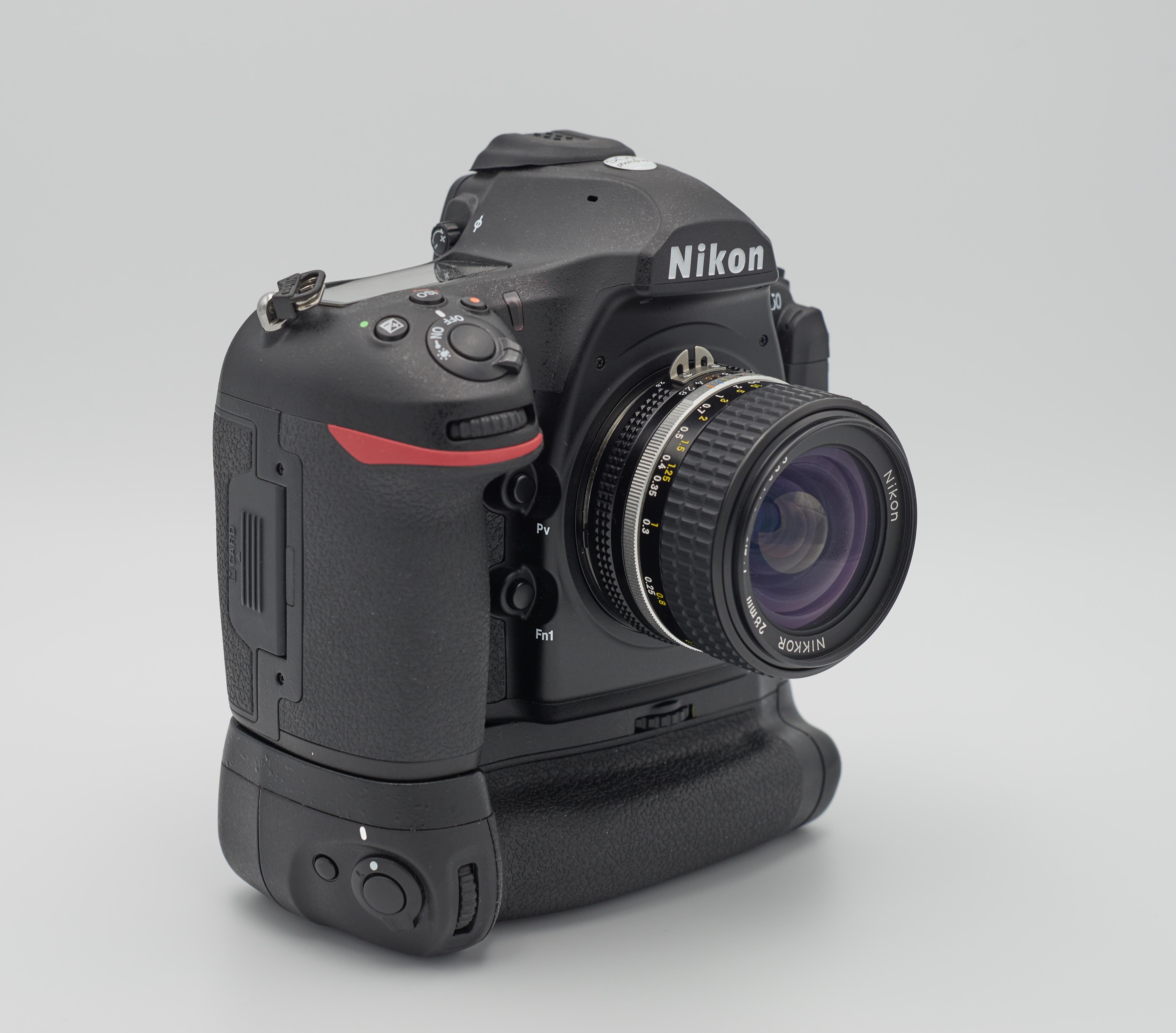 Nikon D850 - Wikipedia