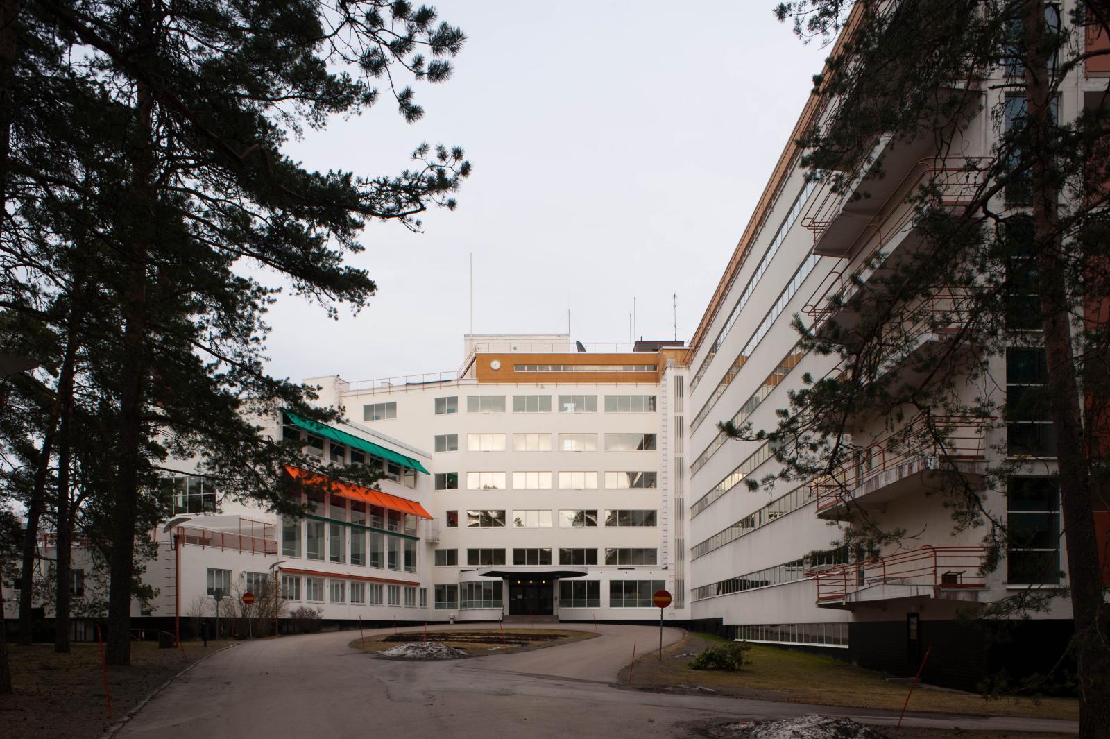 File:Paimio Sanatorium3.jpg - Wikimedia Commons
