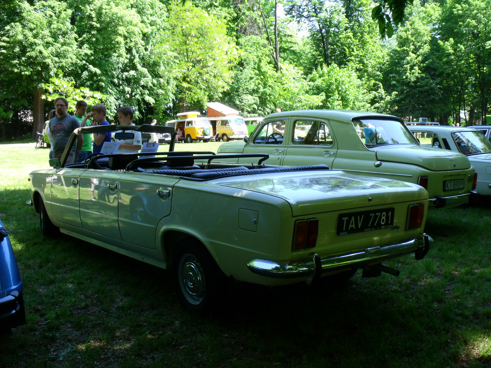 File:Polski Fiat 125p Long Cabrio 1974 1.JPG  Wikimedia Commons