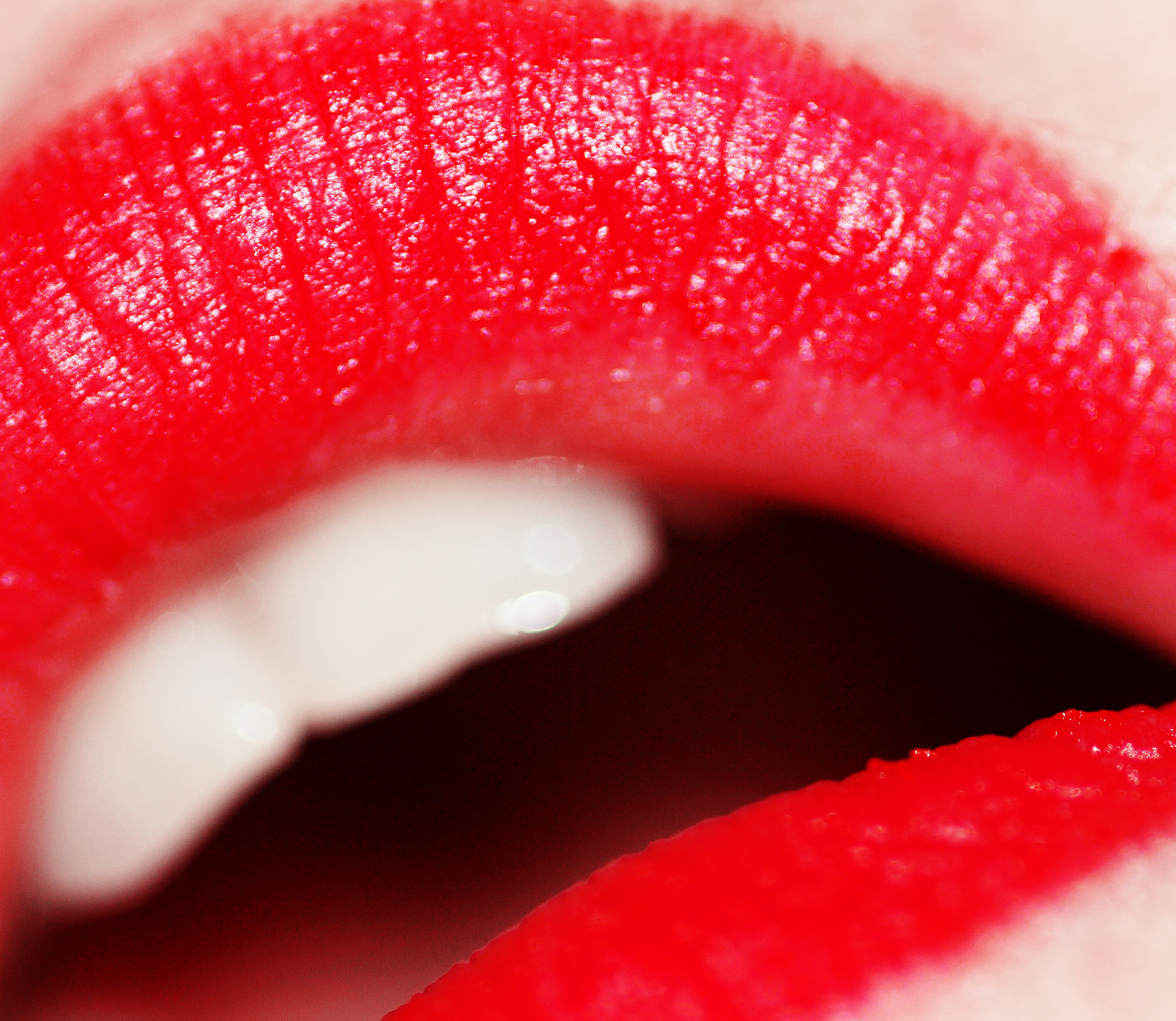 File:Red lipstick (photo by weglet).jpg