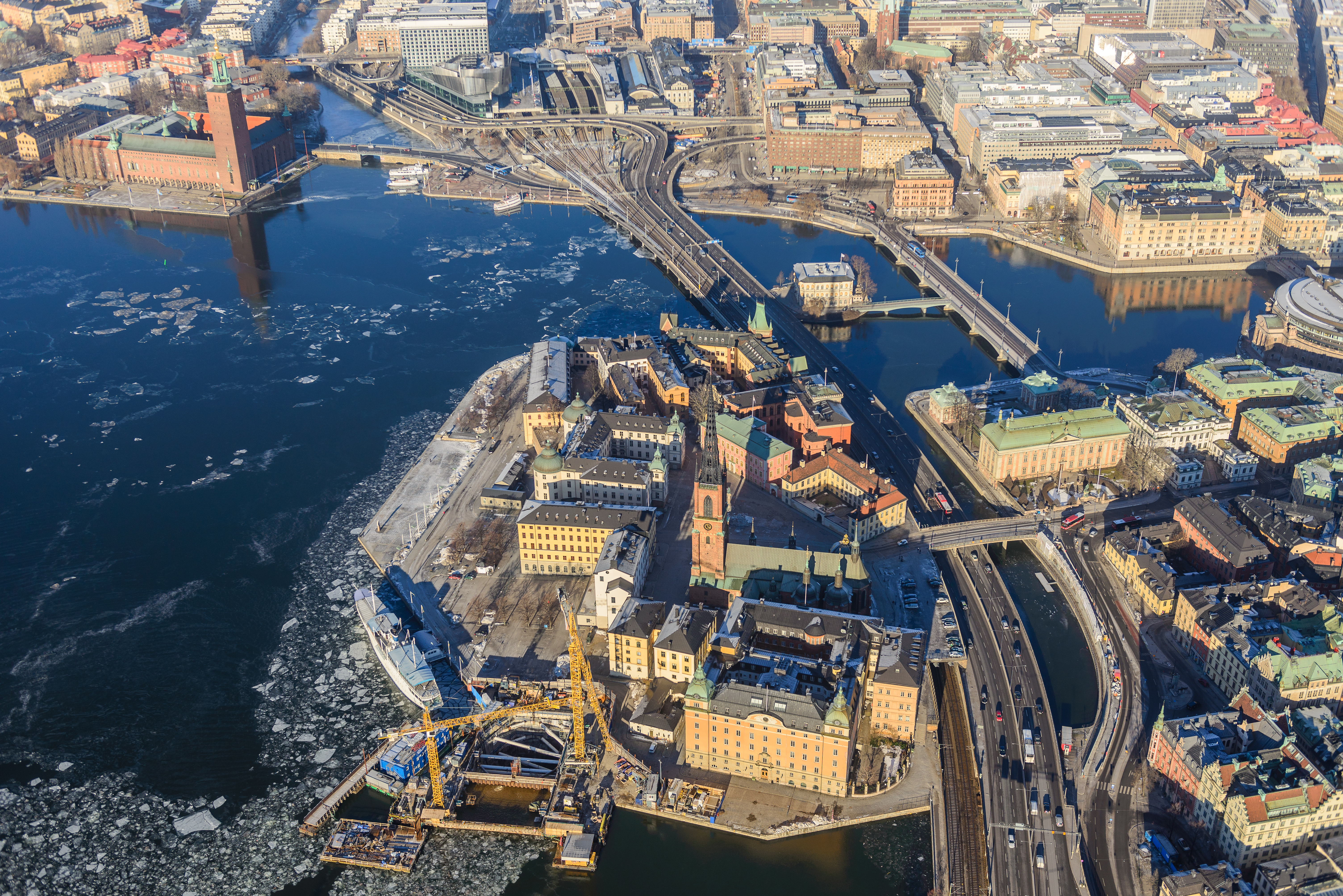 Valborg celebrations on Riddarholmen   The view from the pit…   Flickr
