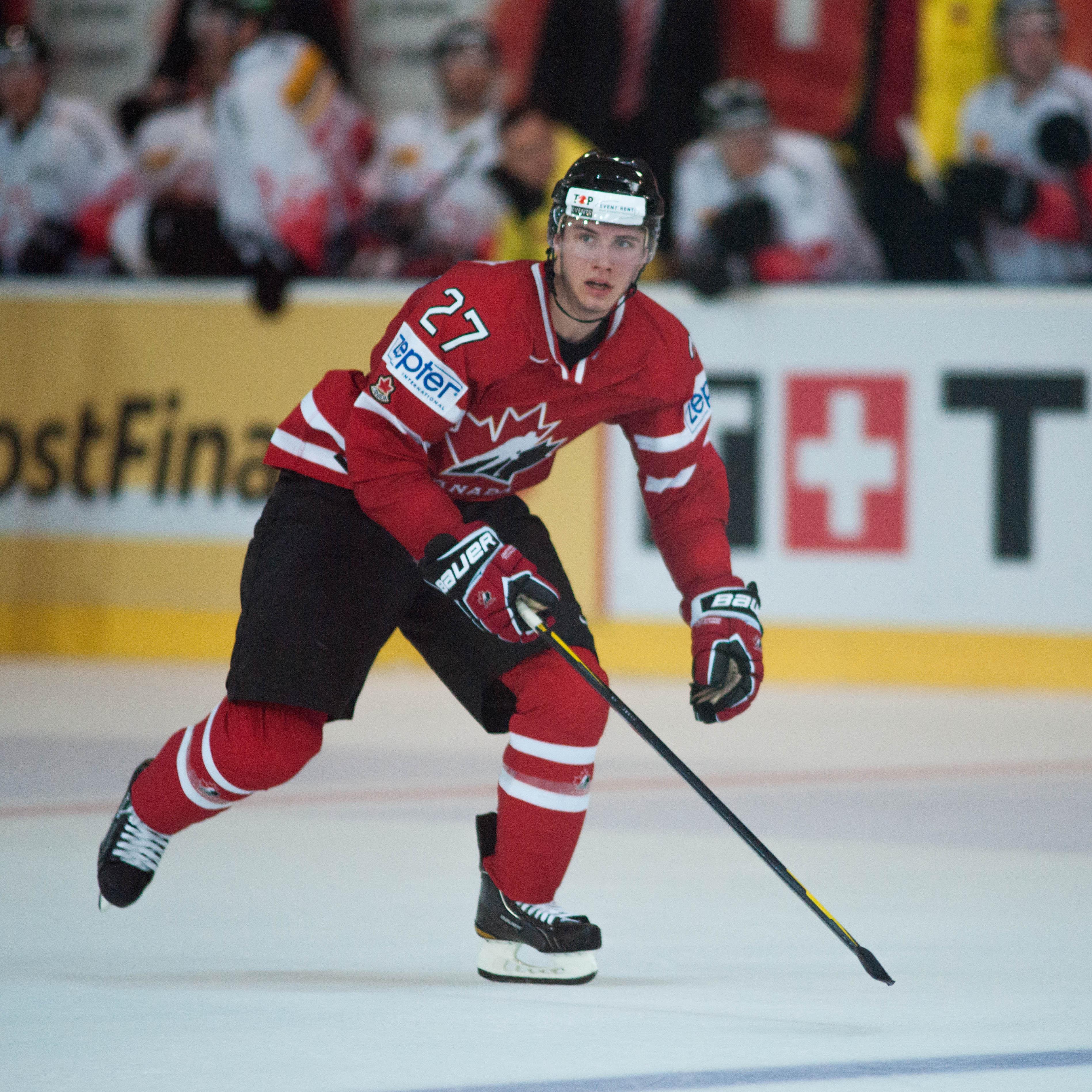 Suomalaistaustaista Ryan Murray, 19, on yksi Kanadan maajoukkueen tulevaisuudentoivoista. Hänet kutsuttiin jo viime toukokuussa mukaan miesten maajoukkueen MM-kisaleirille.