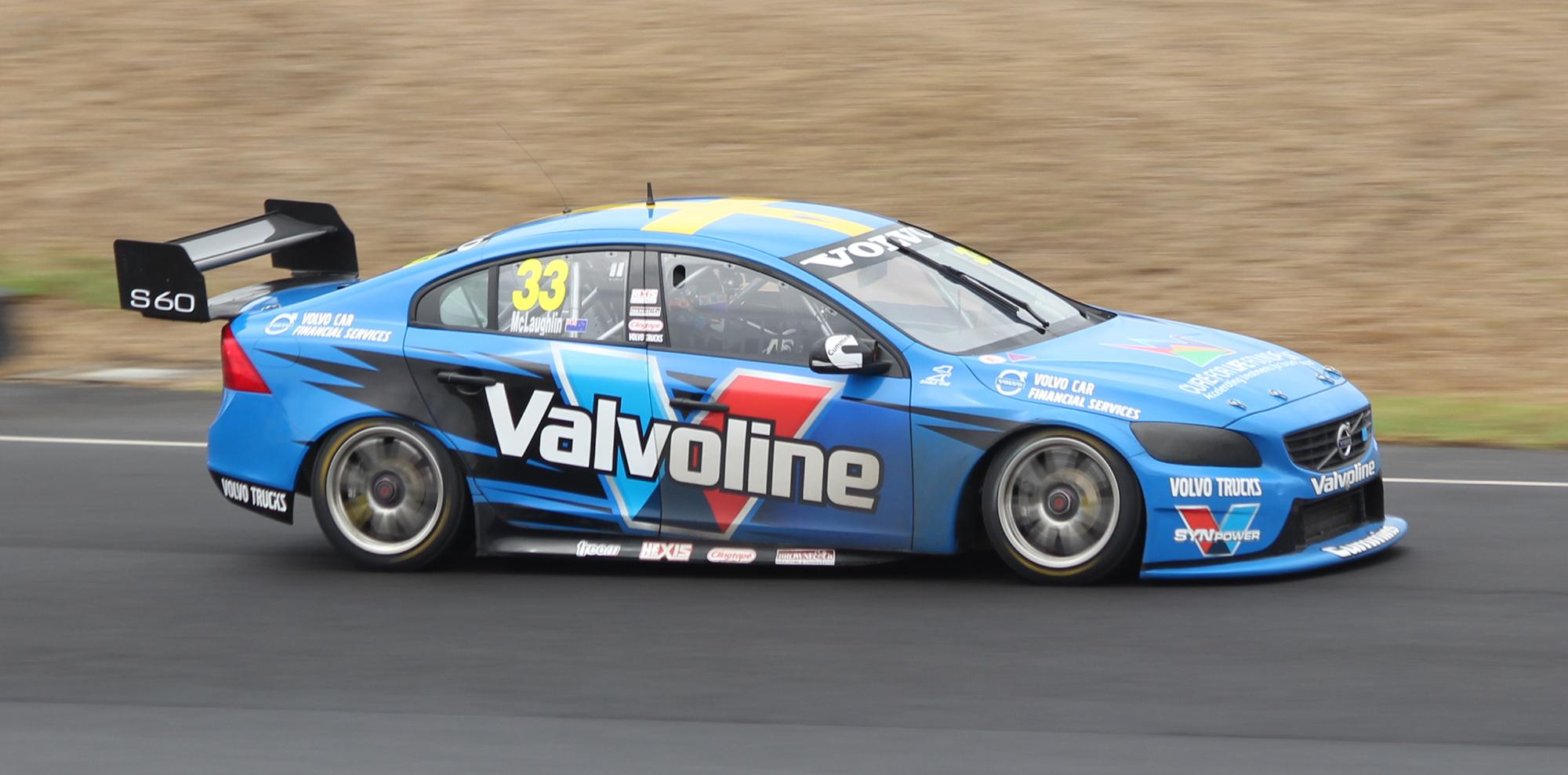 File Scott Mclaughlin Volvo S60 2014 V8 Supercar Test Day Jpg Wikimedia Commons