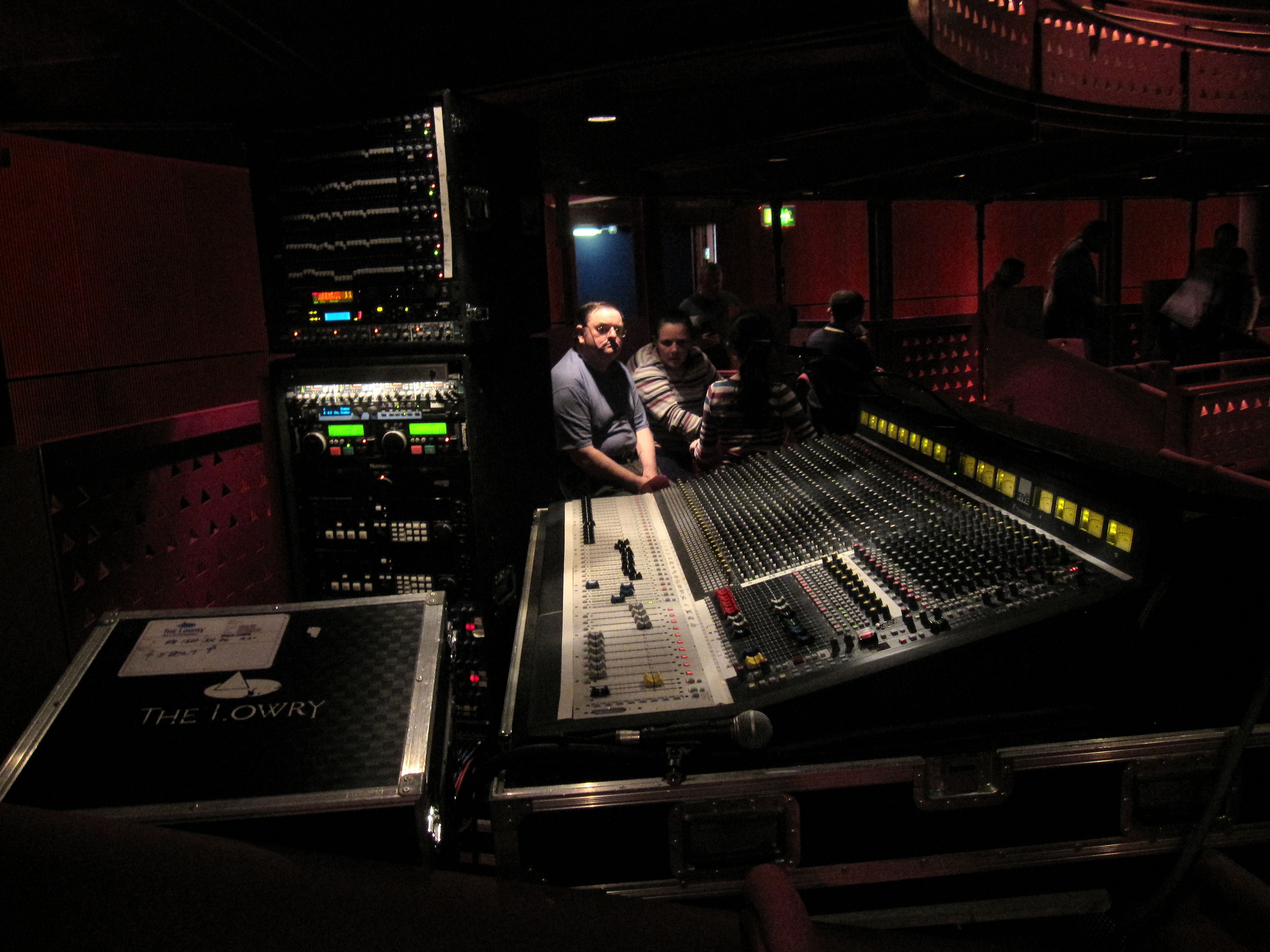 File Soundcraft Series Five Foh Quays Theatre In The