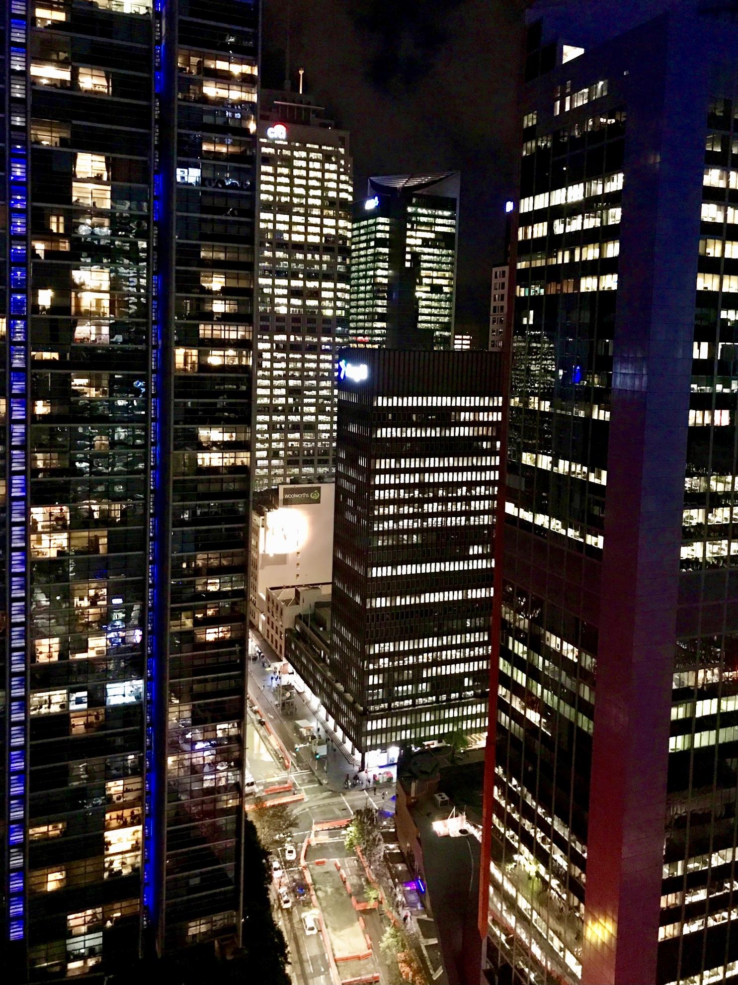 File:Sydney CBD at night, seen from Meriton Serviced ...