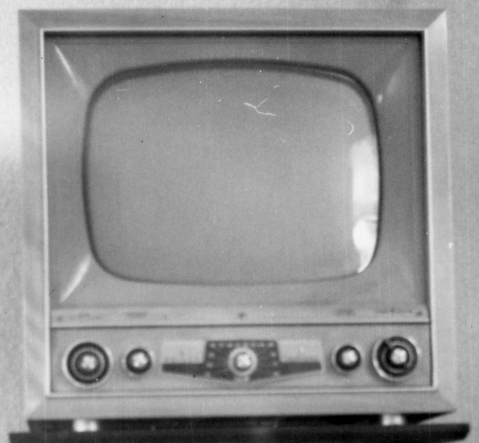 """The """"Idiot Box"""" and the History of Television 