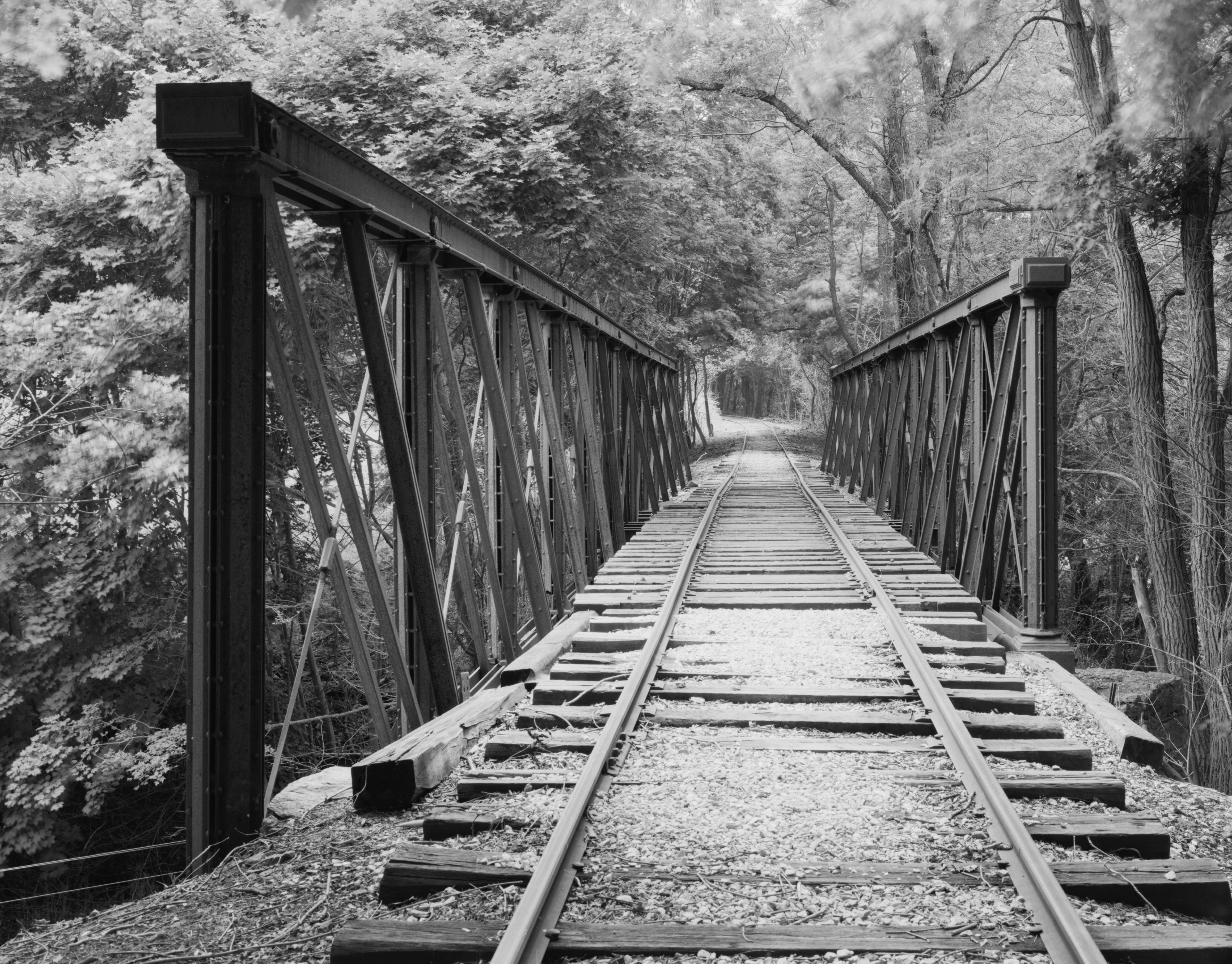 File:Valley Road Bridge, Stewartstown Railroad.jpg ...