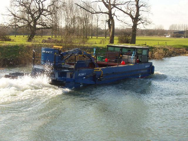 Weedcutter boat on Nene near Oundle Marina. - geograph.org.uk - 93730