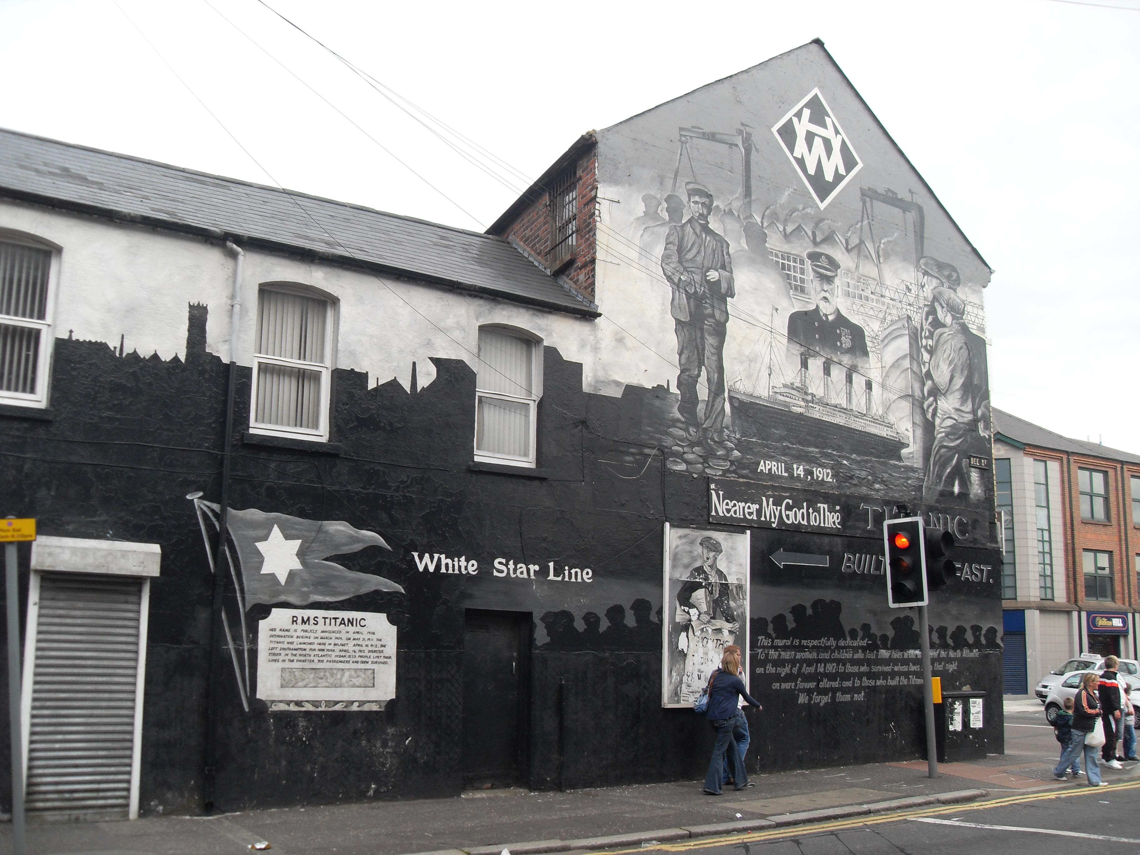 FileWhite Star Line Mural