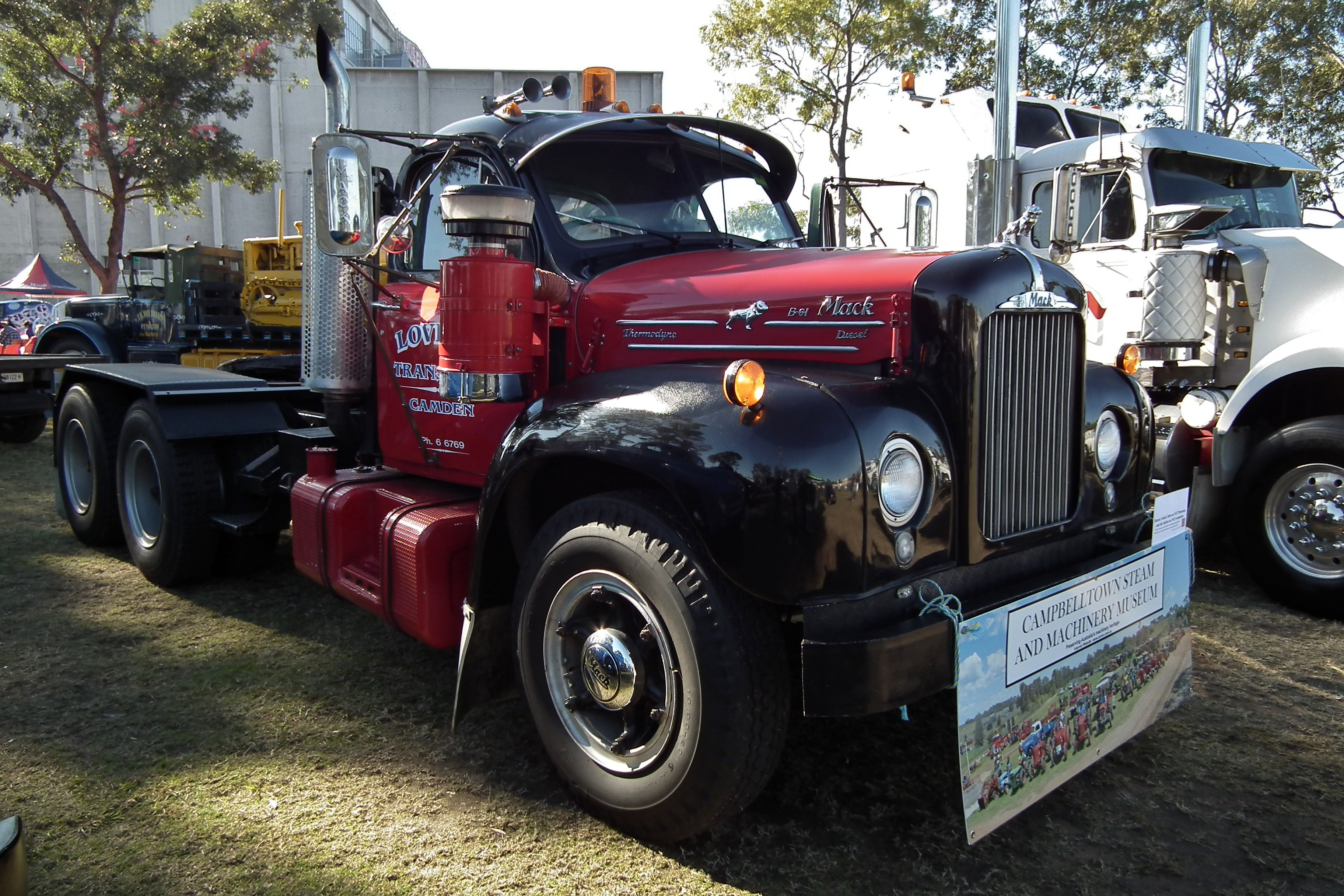 Mack Truck  B61