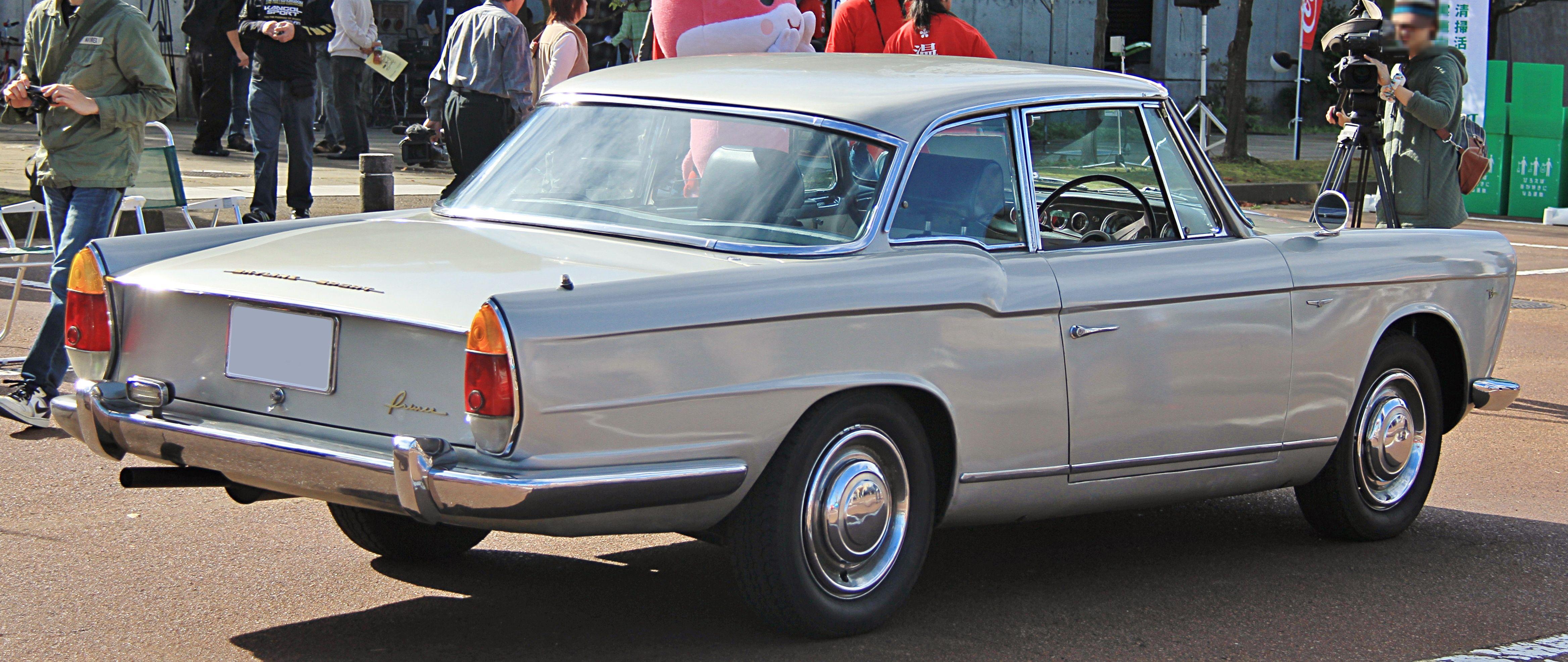 1962_Prince_Skyline_Sport_Coupe_rear.jpg